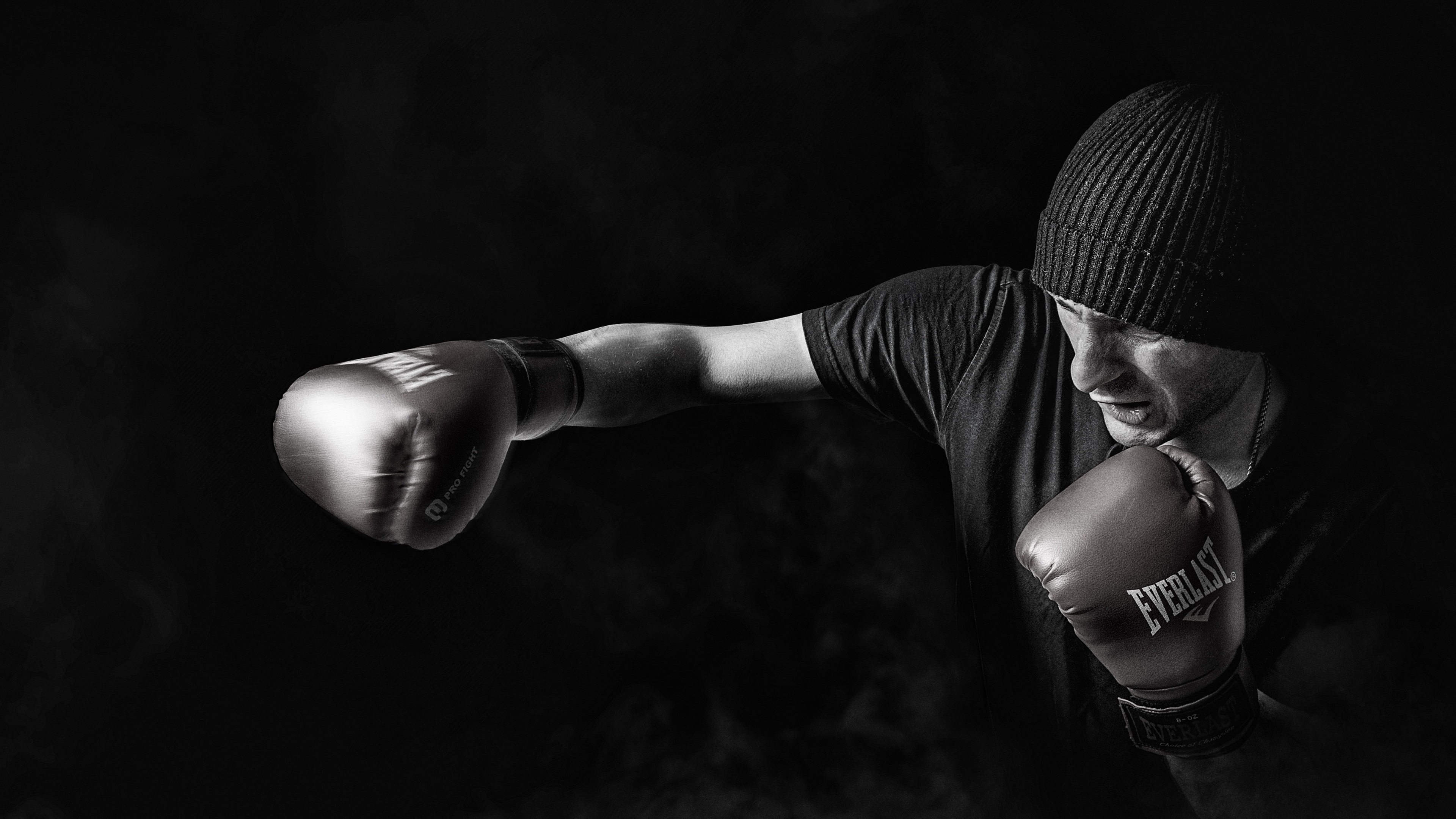 kickboxing 4k 1538786810 - Kickboxing 4k - sports wallpapers, monochrome wallpapers, hd-wallpapers, boxing wallpapers, black and white wallpapers, 5k wallpapers, 4k-wallpapers
