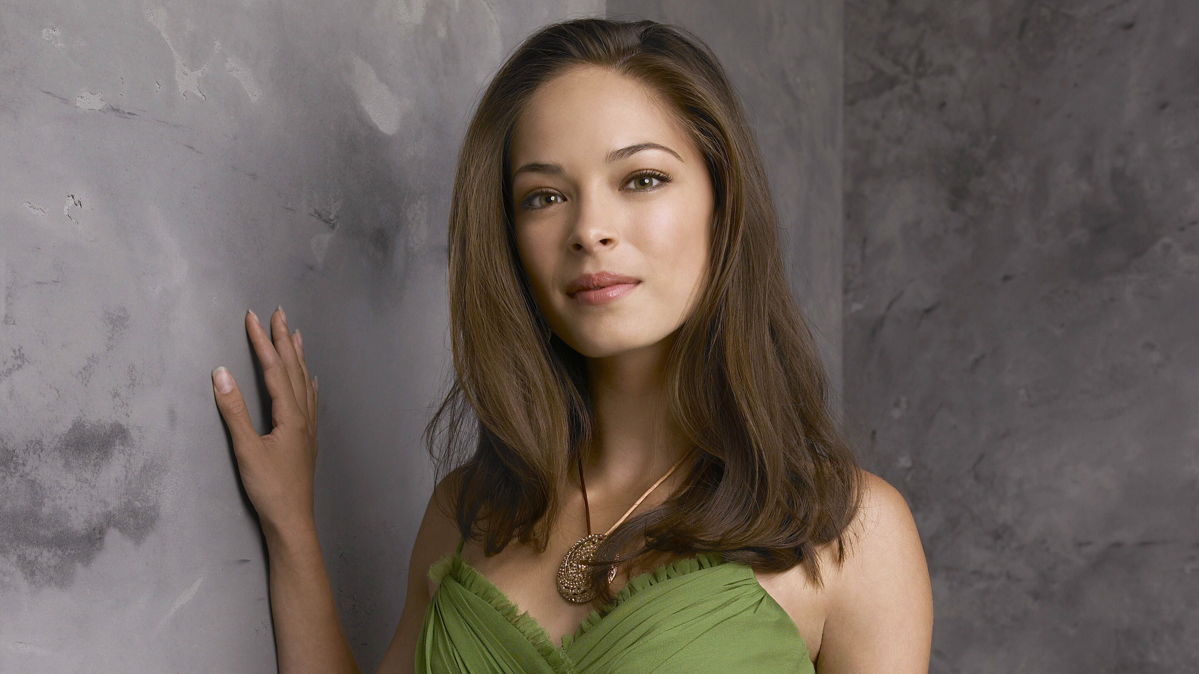kristin kreuk 2019 1538941872 - Kristin Kreuk 2019 - kristin kreuk wallpapers, hd-wallpapers, girls wallpapers, celebrities wallpapers, 4k-wallpapers