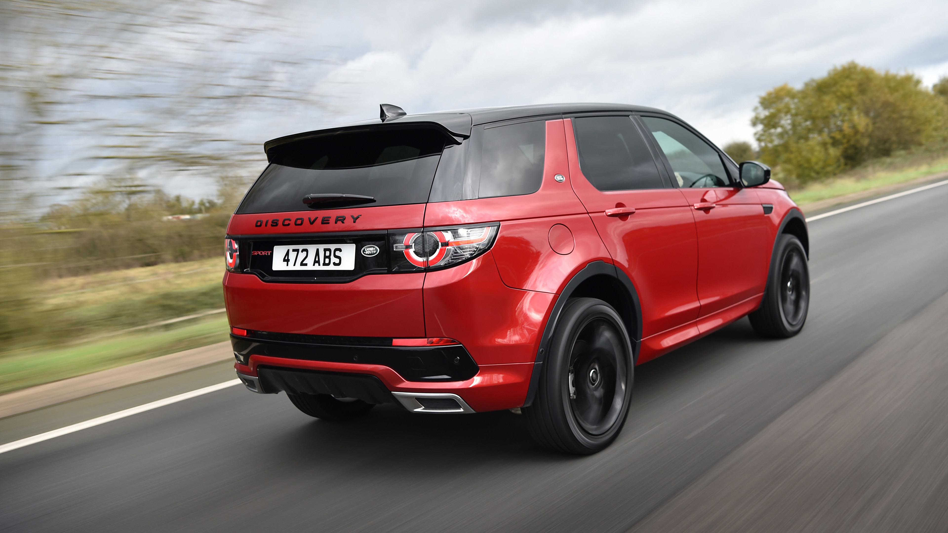land rover discovery sport hse si4 dynamic lux rear 2017 1539107858 - Land Rover Discovery Sport HSE Si4 Dynamic Lux Rear 2017 - land rover wallpapers, land rover discovery wallpapers, hd-wallpapers, cars wallpapers, 4k-wallpapers, 2017 cars wallpapers