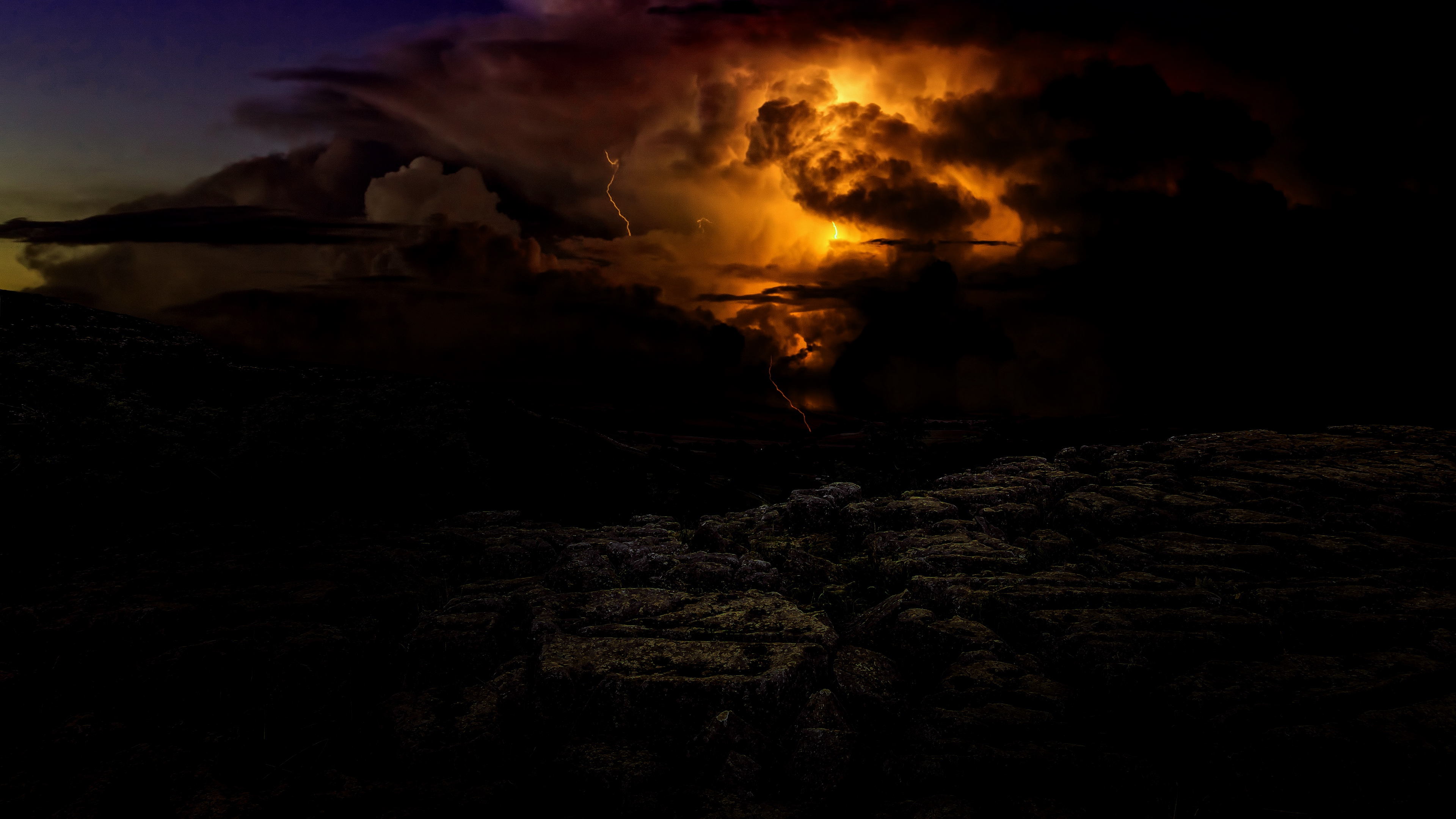 Wallpaper 4k Lightning Cloudy Storm Thunder Twilight 4k