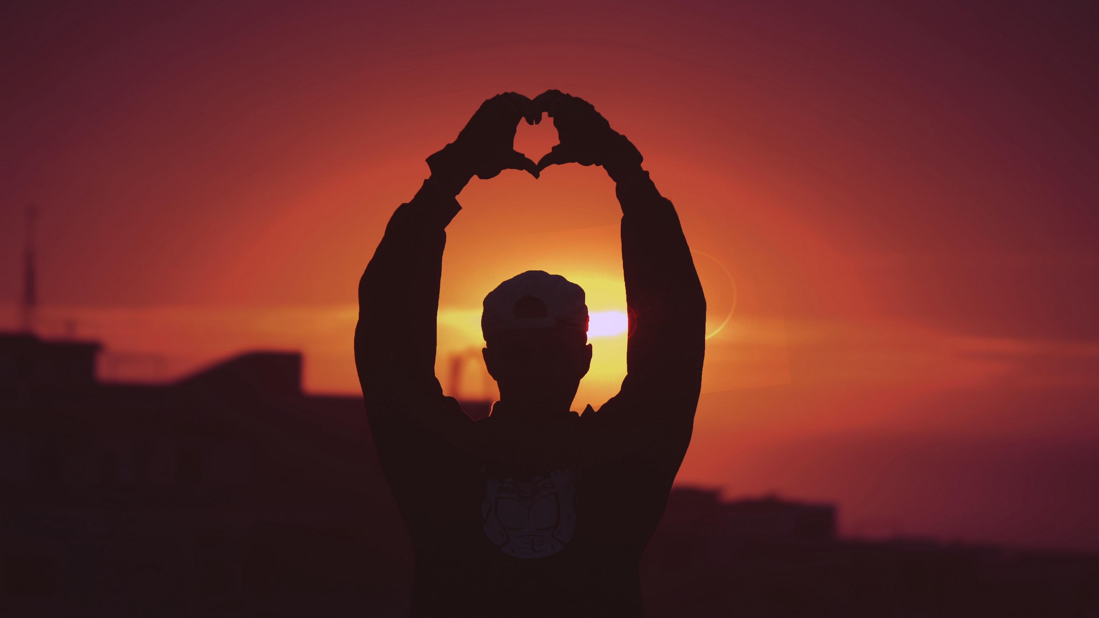 man silhouette heart sunset hands 4k 1540574890 - man, silhouette, heart, sunset, hands 4k - Silhouette, Man, Heart