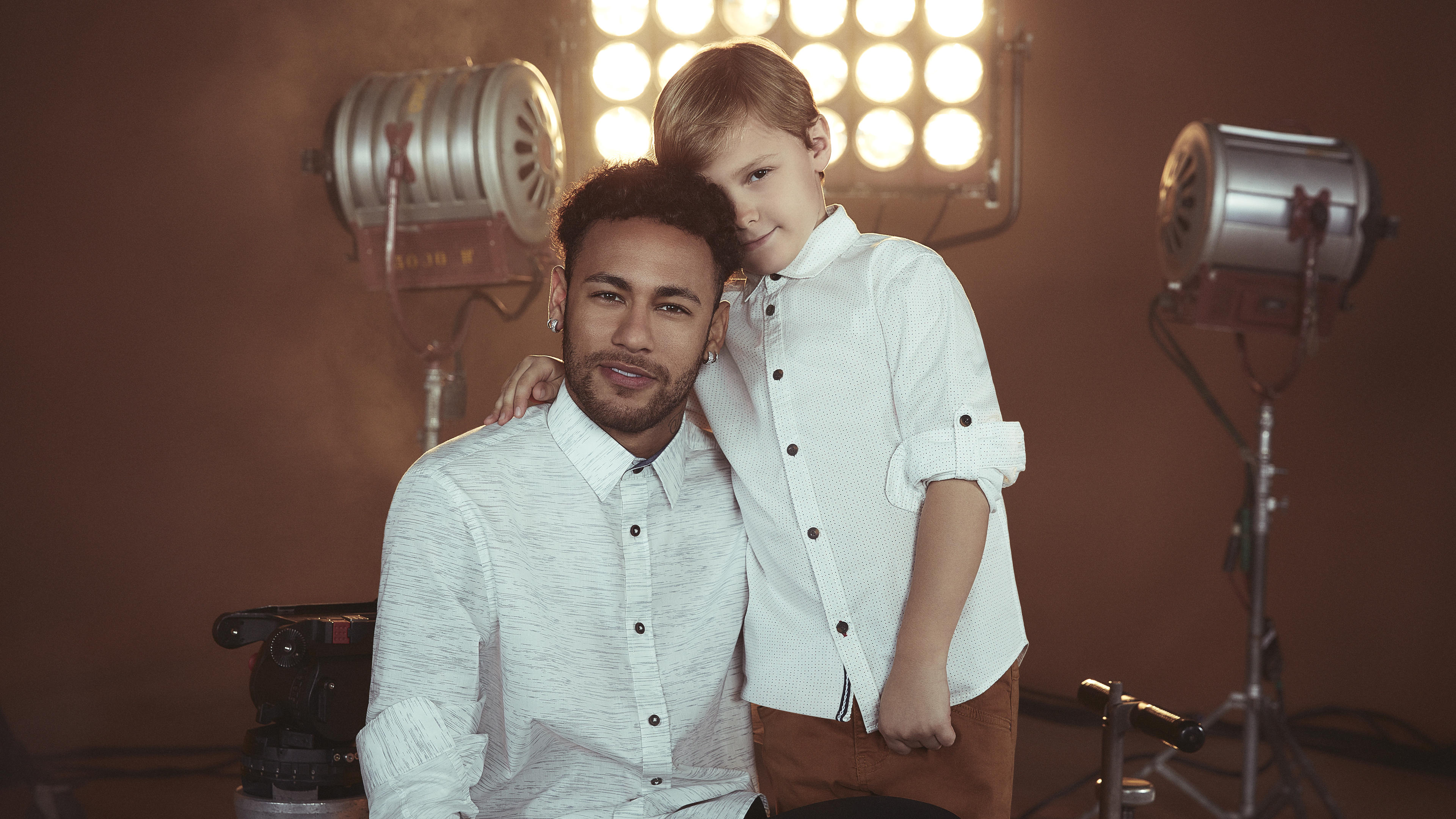 neymar and david lucca his son 1538786870 - Neymar And David Lucca His Son - sports wallpapers, neymar wallpapers, neymar jr wallpapers, male celebrities wallpapers, hd-wallpapers, football wallpapers, fifa world cup russia wallpapers, boys wallpapers, 5k wallpapers, 4k-wallpapers
