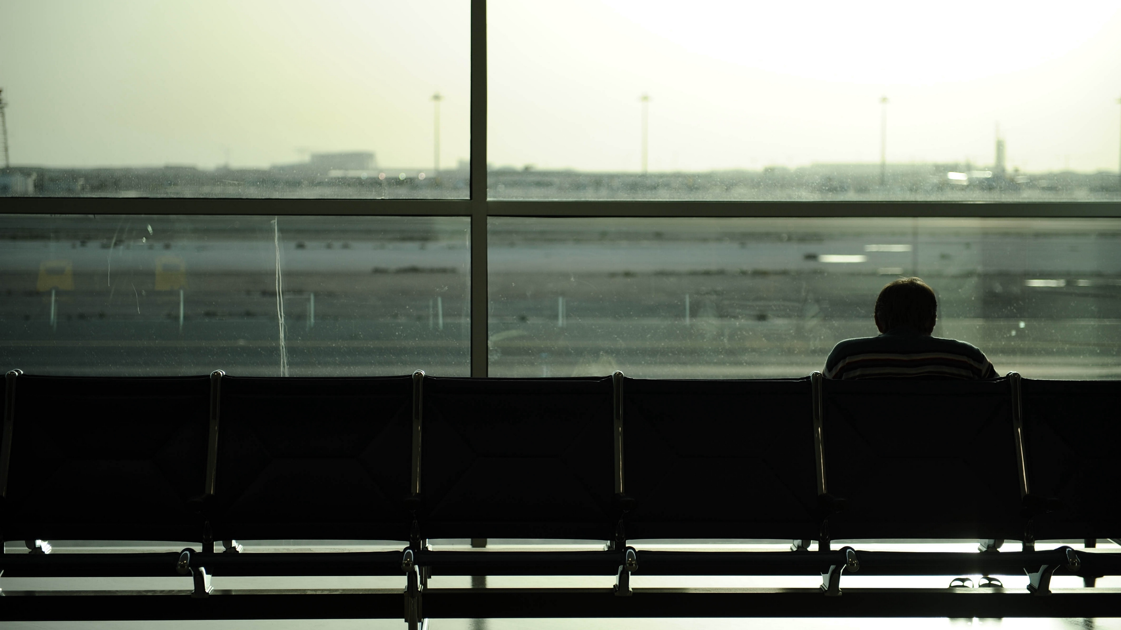 people airport waiting 4k 1540575222 - people, airport, waiting 4k - Waiting, People, airport