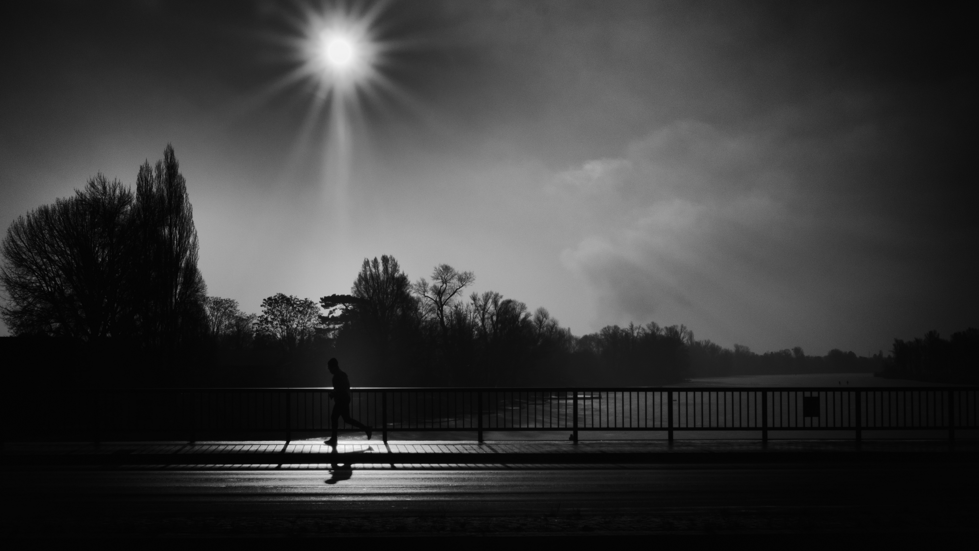 silhouette running bridge bw sunlight 4k 1540575944 - silhouette, running, bridge, bw, sunlight 4k - Silhouette, Running, bridge