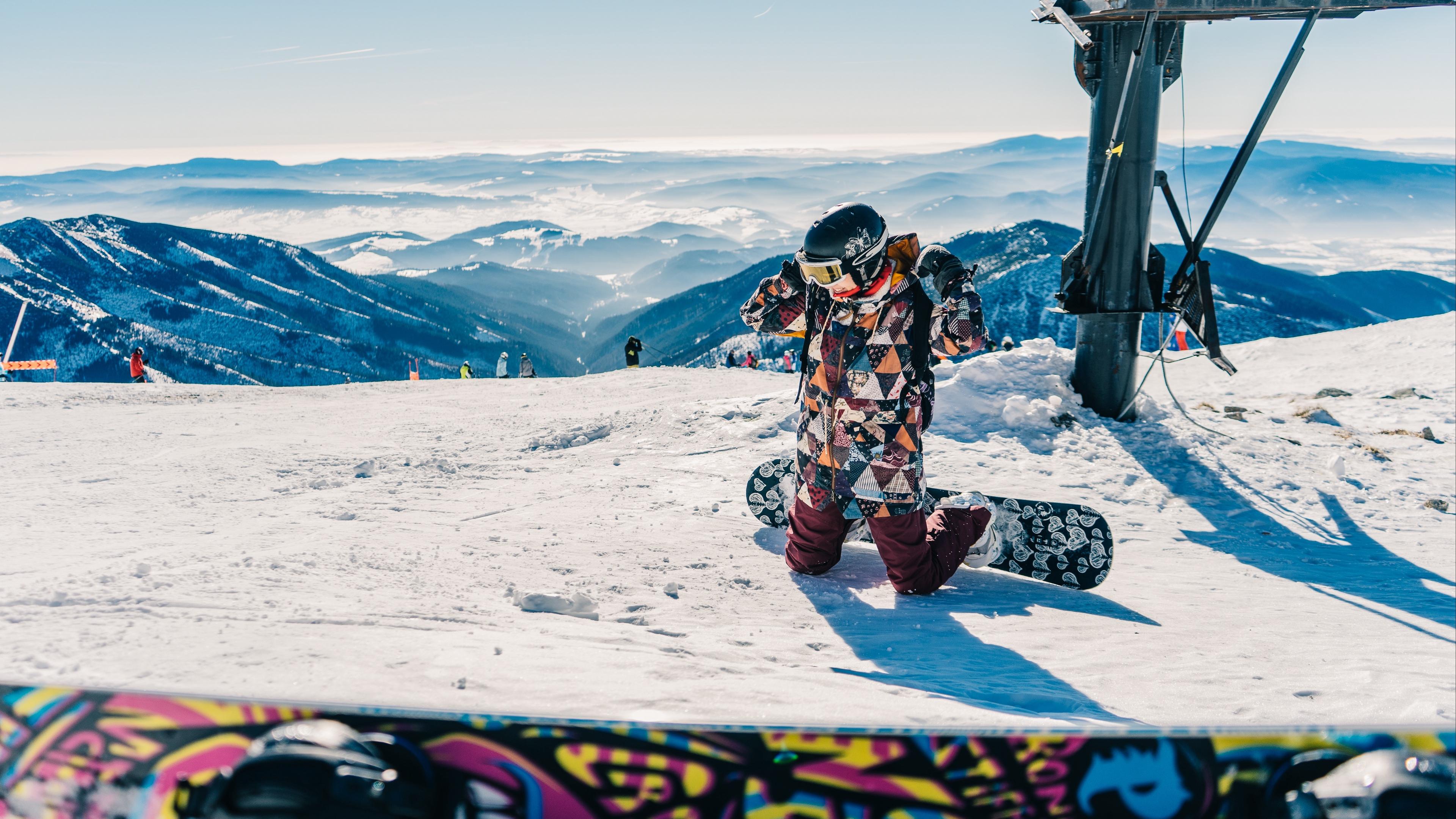 snowboarder snowboarding mountain snow 4k 1540062116 - snowboarder, snowboarding, mountain, snow 4k - SnowBoarding, snowboarder, Mountain