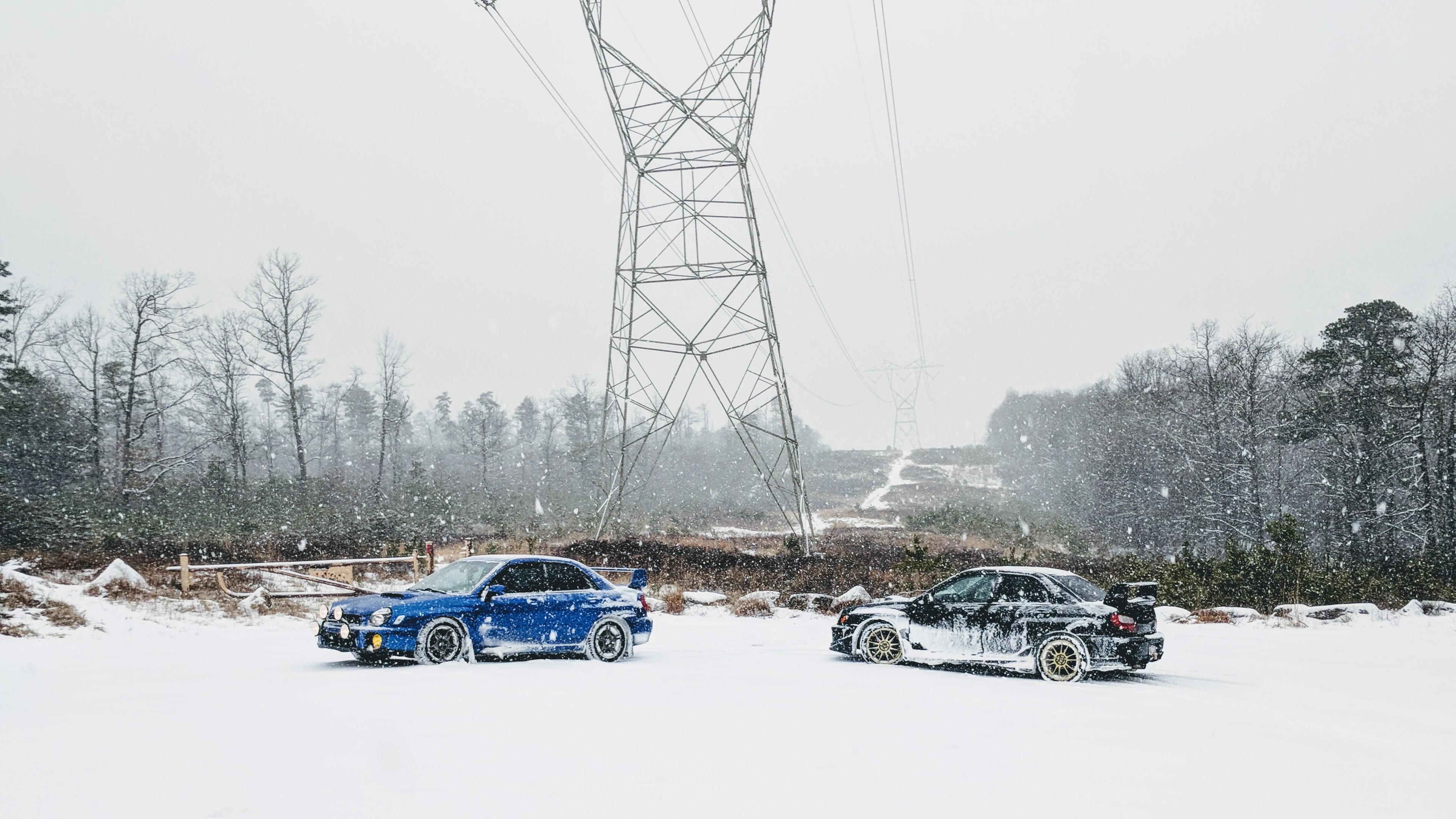 snowy subarus car 1539109437 - Snowy Subarus Car - subaru wallpapers, snow wallpapers, hd-wallpapers, cars wallpapers, 4k-wallpapers