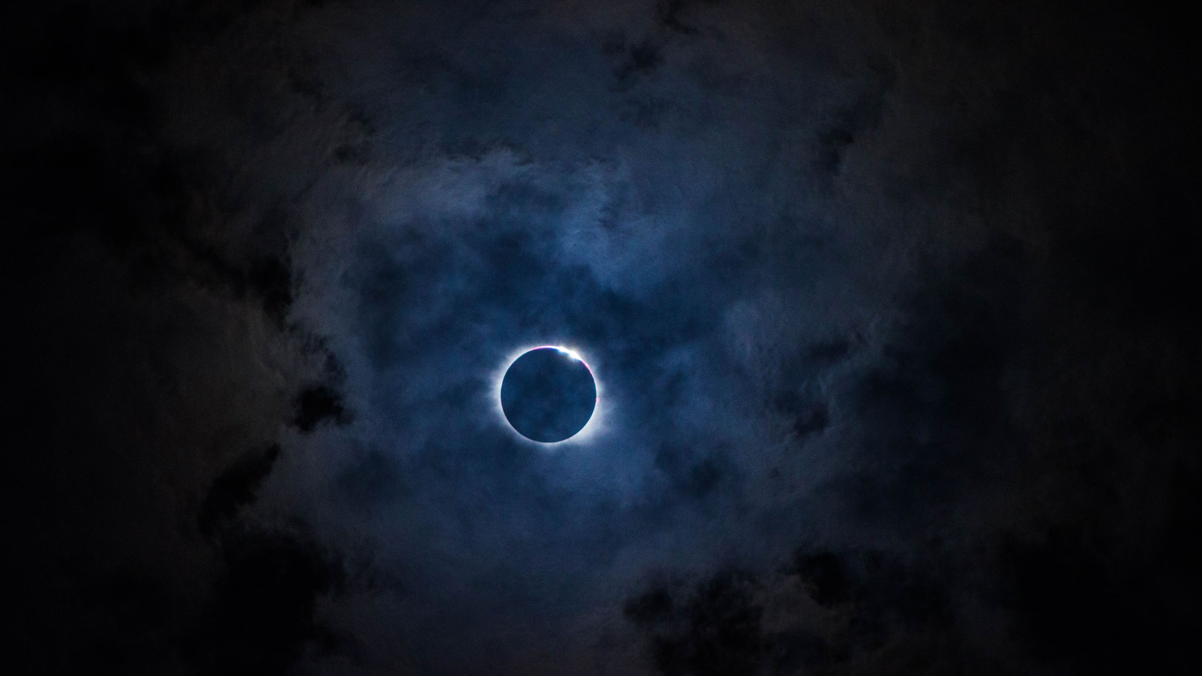 solar eclipse 4k 1540142886 - Solar Eclipse 4k - nature wallpapers, hd-wallpapers, eclipse wallpapers, 5k wallpapers, 4k-wallpapers