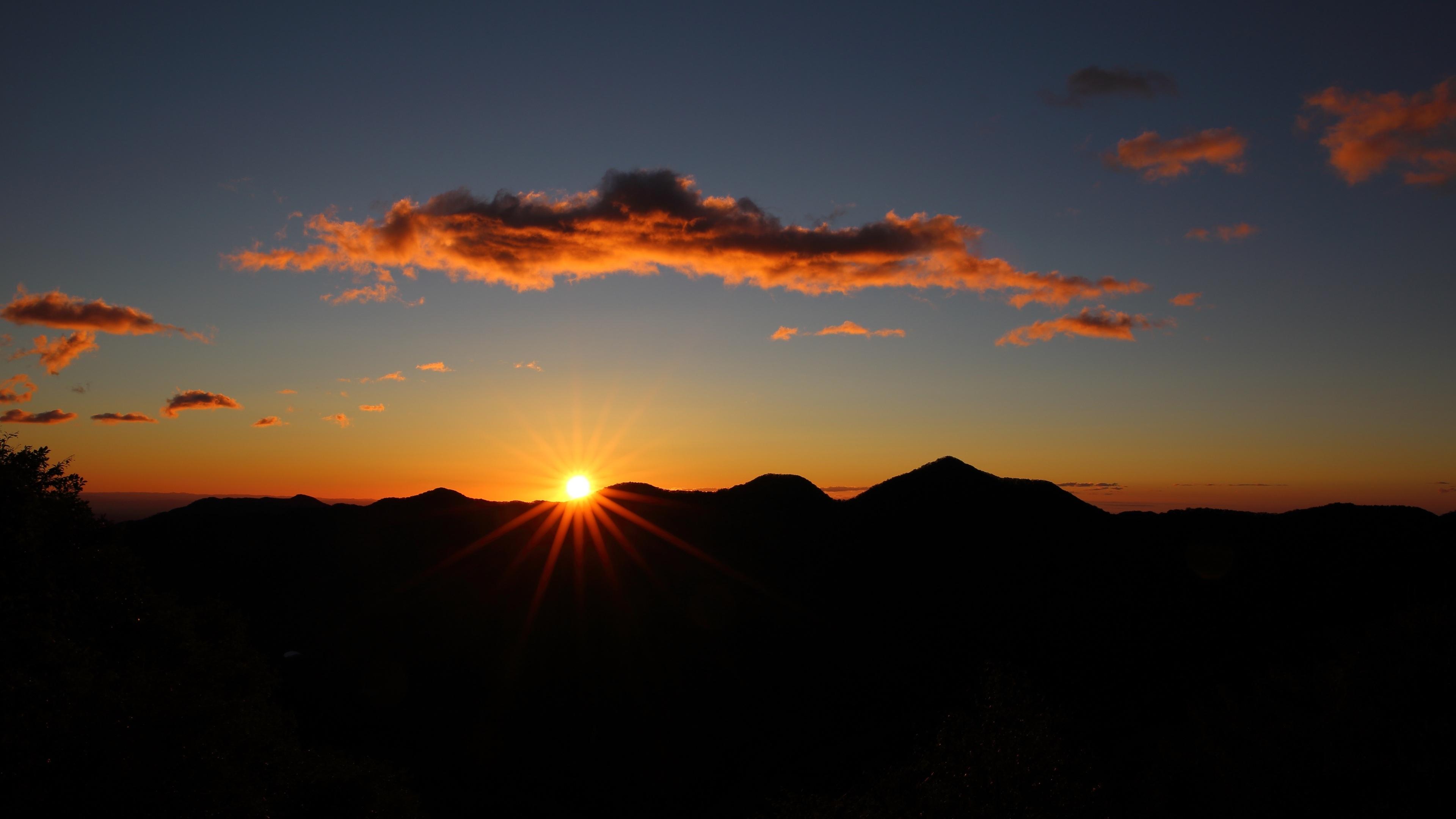 sunset sky hills silhouette 1540136625 - Sunset Sky Hills Silhouette - sunset wallpapers, sky wallpapers, silhouette wallpapers, nature wallpapers, hd-wallpapers, 5k wallpapers, 4k-wallpapers