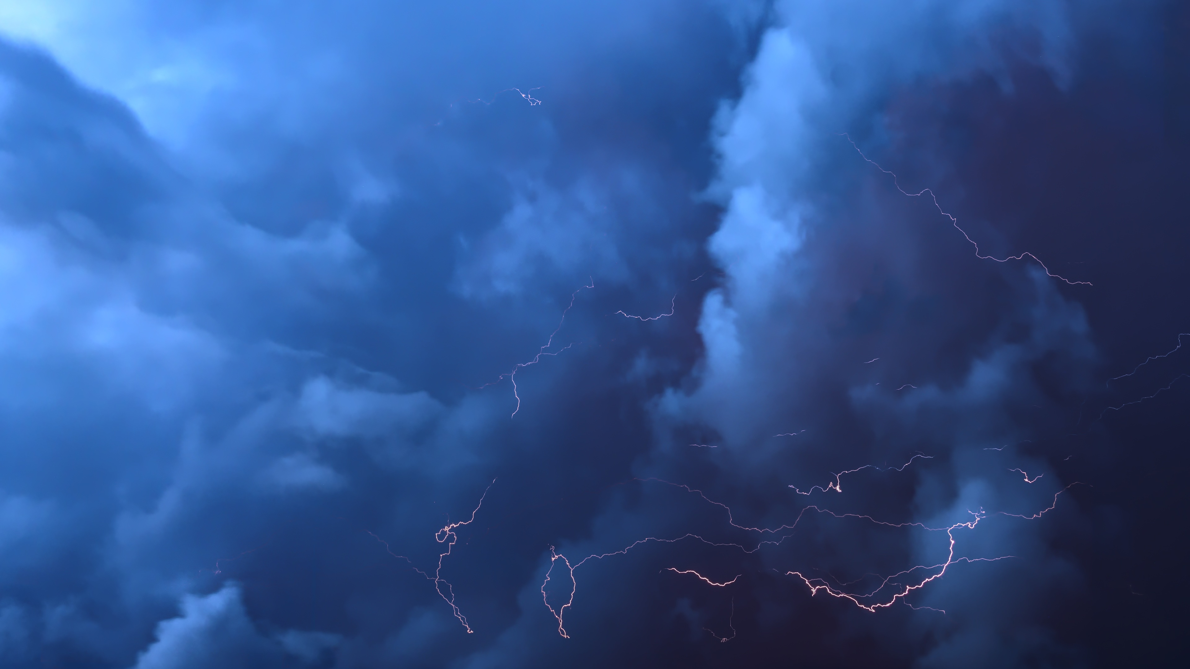 thunderstorm 5k 1540141529 - Thunderstorm 5k - thunderstorm wallpapers, nature wallpapers, lightning wallpapers, hd-wallpapers, 5k wallpapers, 4k-wallpapers
