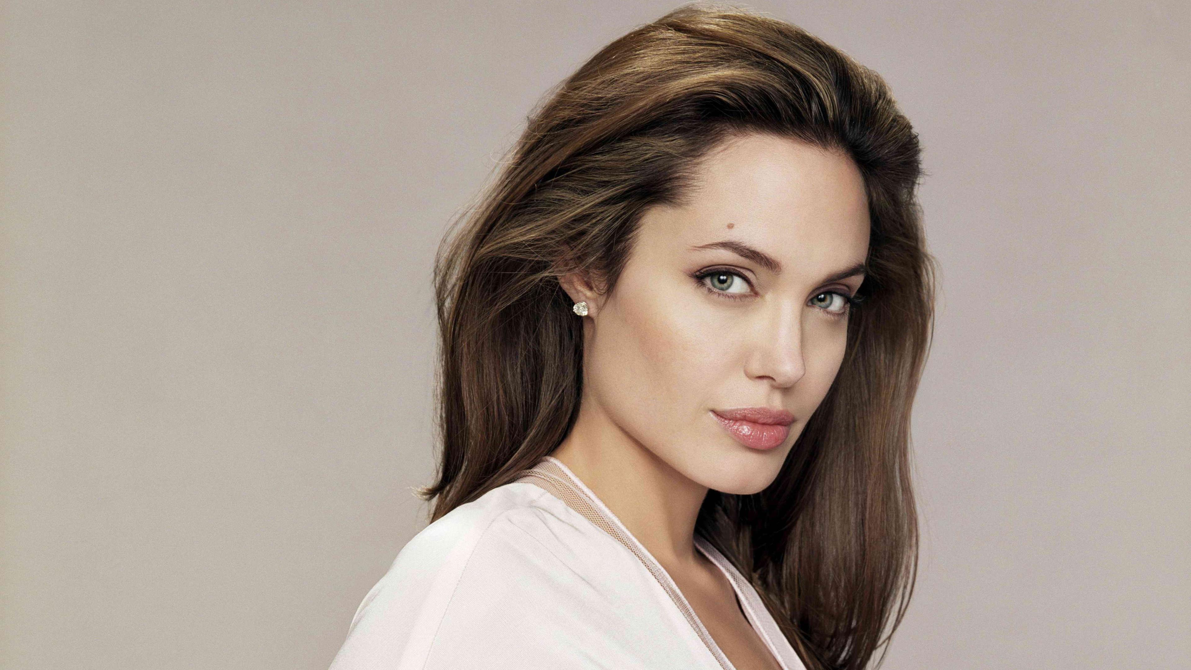 angelina jolie 4k 2018 1543103930 - Angelina Jolie 4k 2018 - hd-wallpapers, girls wallpapers, celebrities wallpapers, angelina jolie wallpapers, 4k-wallpapers