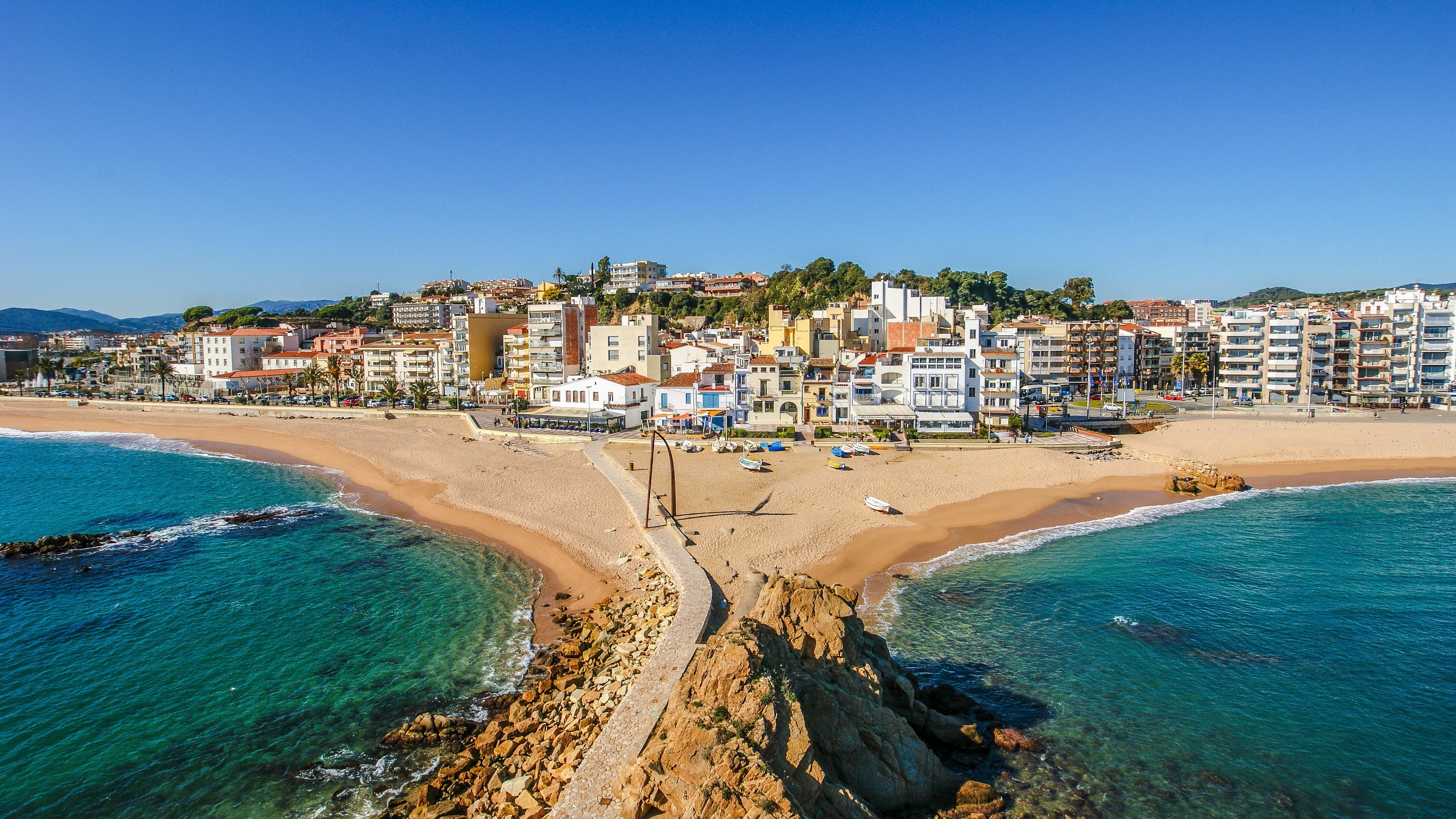 catalonia resort beach 4k 1541116100 - catalonia, resort, beach 4k - Resort, catalonia, Beach