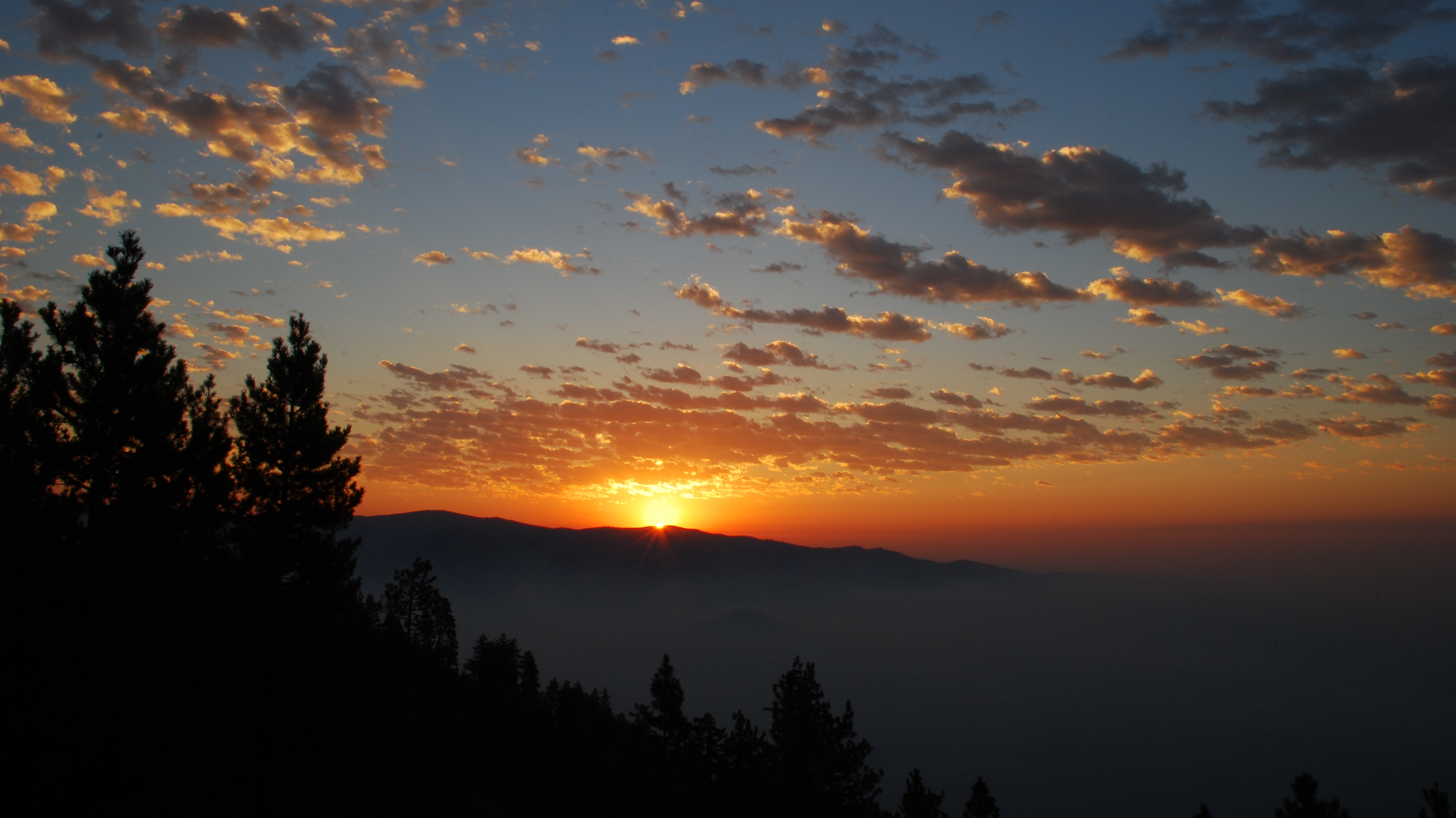 dawn mountains clouds sun 4k 1541117270 - dawn, mountains, clouds, sun 4k - Mountains, Dawn, Clouds