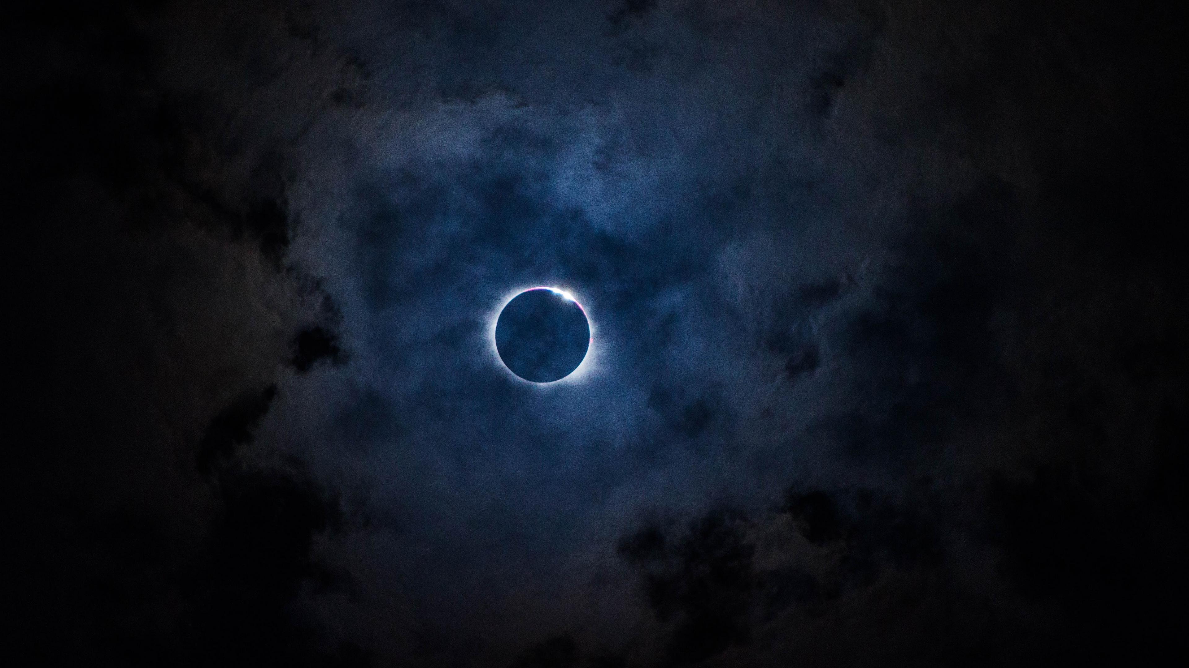 eclipse sky moon clouds 4k 1541114583 - eclipse, sky, moon, clouds 4k - Sky, Moon, Eclipse
