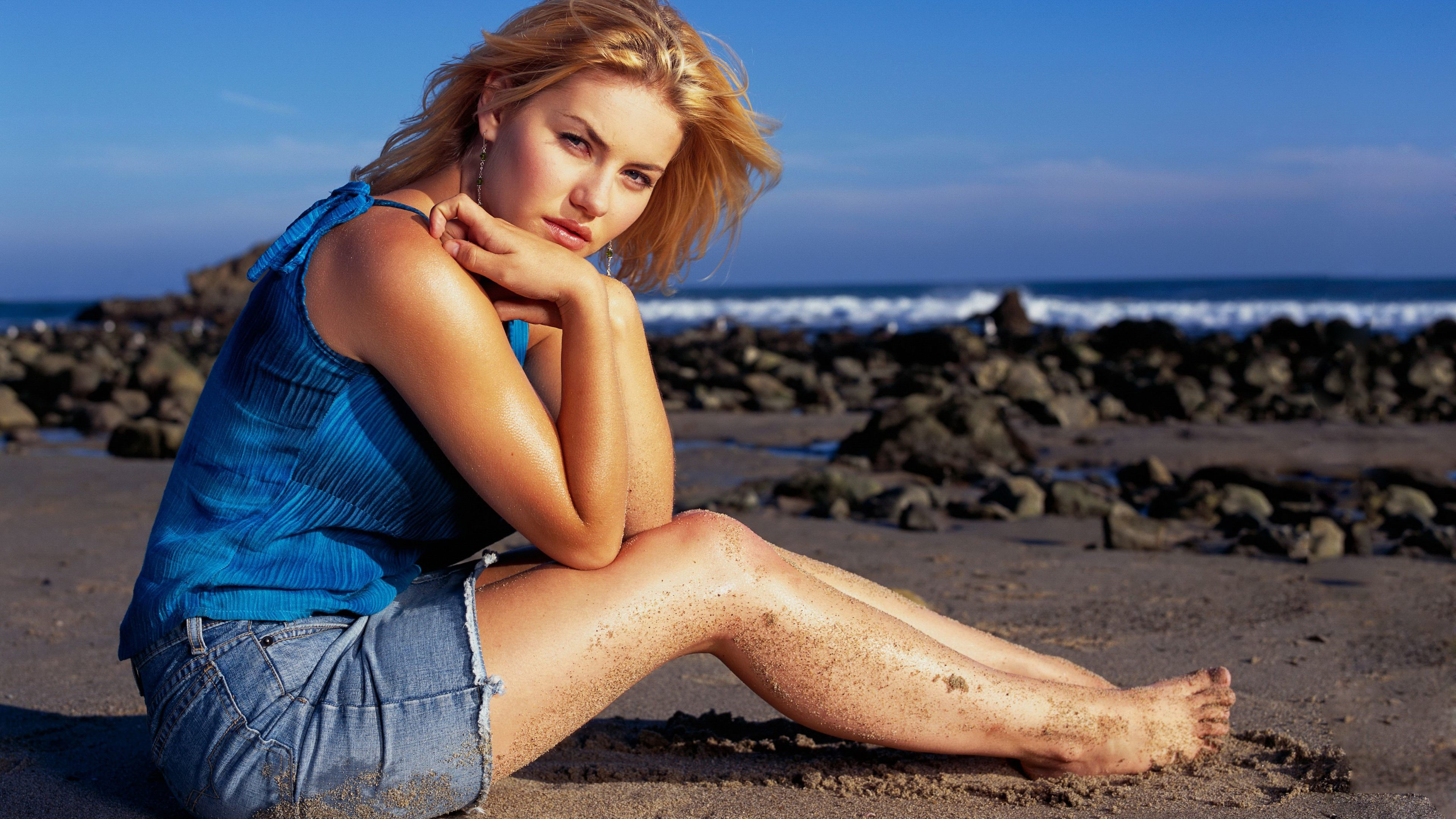 elisha cuthbert new 1543104599 - Elisha Cuthbert New - hd-wallpapers, girls wallpapers, elisha cuthbert wallpapers, celebrities wallpapers, 5k wallpapers, 4k-wallpapers