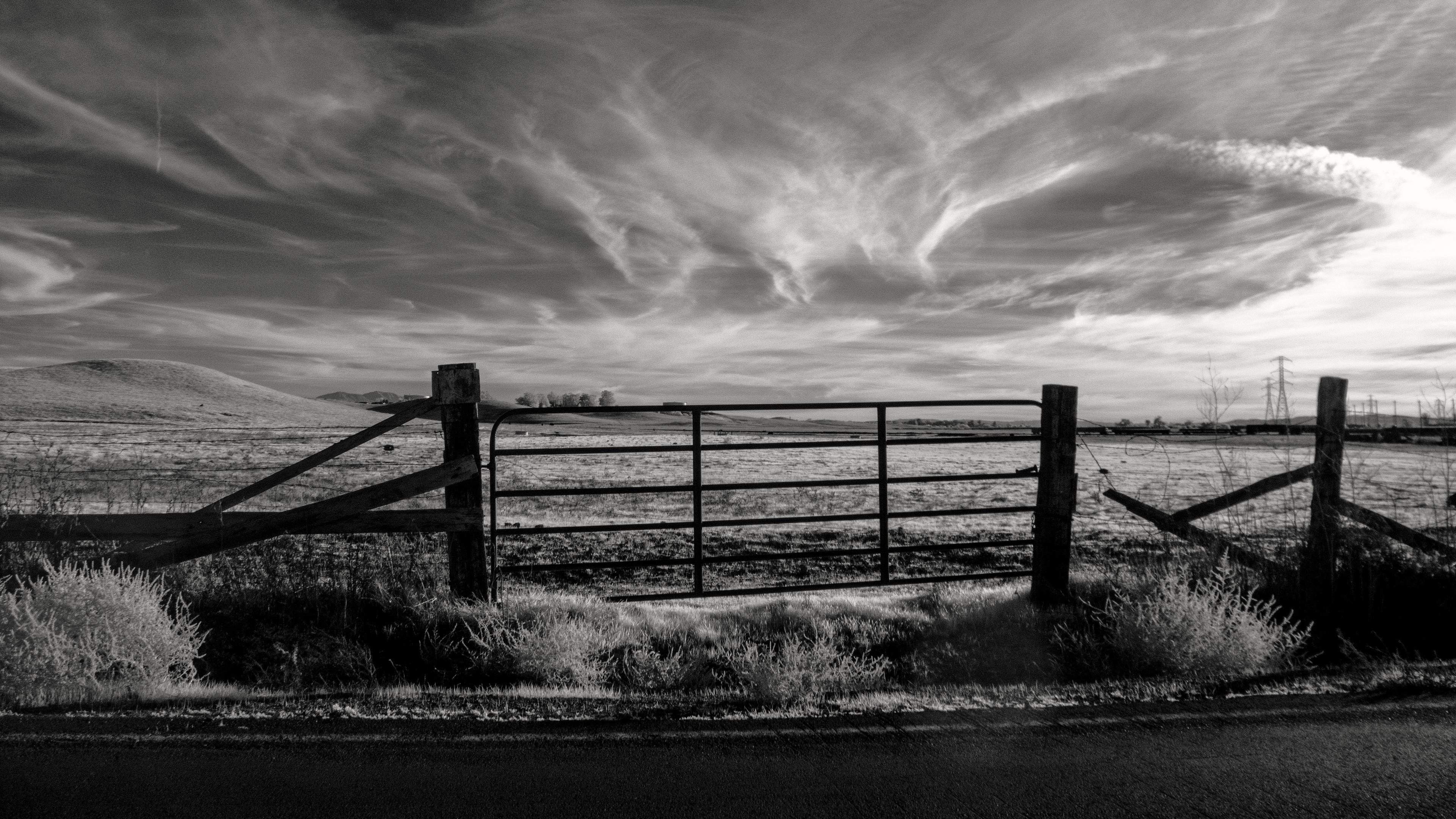gate bw sky fence 4k 1541115417 - gate, bw, sky, fence 4k - Sky, Gate, bw