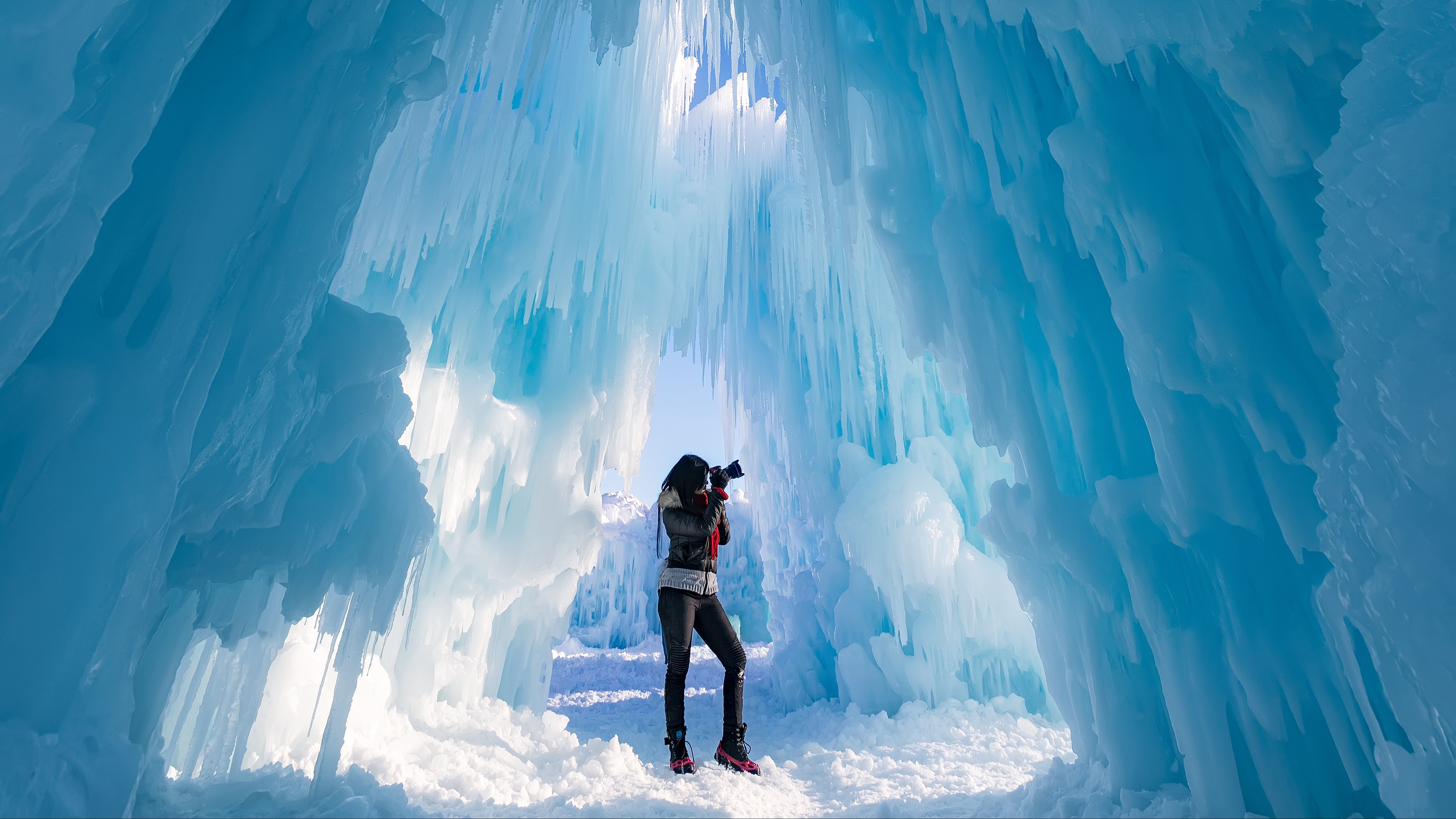 ice castle photographer ice glacier 4k 1541115597 - ice castle, photographer, ice, glacier 4k - photographer, ice castle, Ice