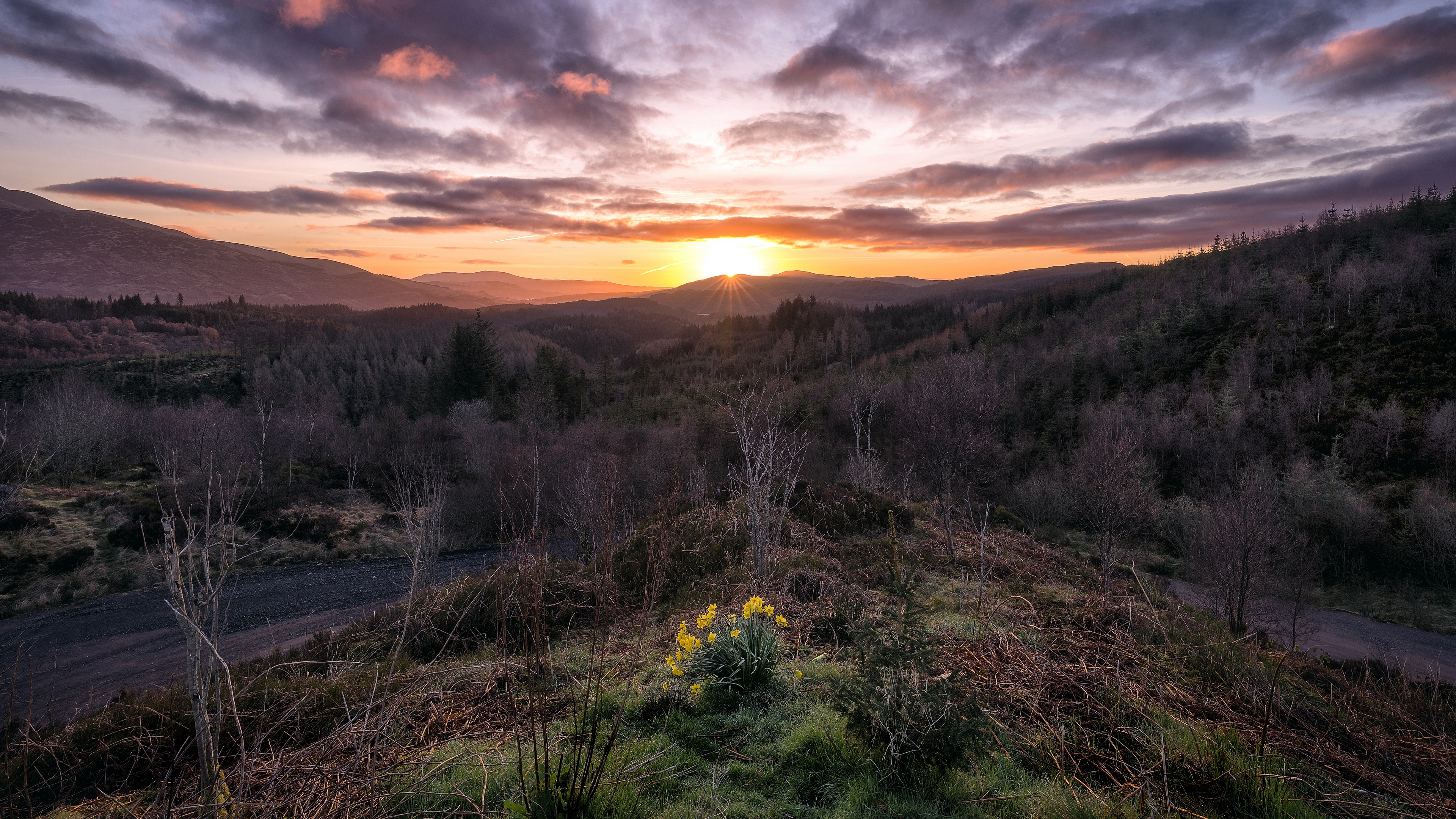 mountains sunrise sky landscape loch lomond trossachs national park scotland 4k 1541116823 - mountains, sunrise, sky, landscape, loch lomond, trossachs national park, scotland 4k - sunrise, Sky, Mountains
