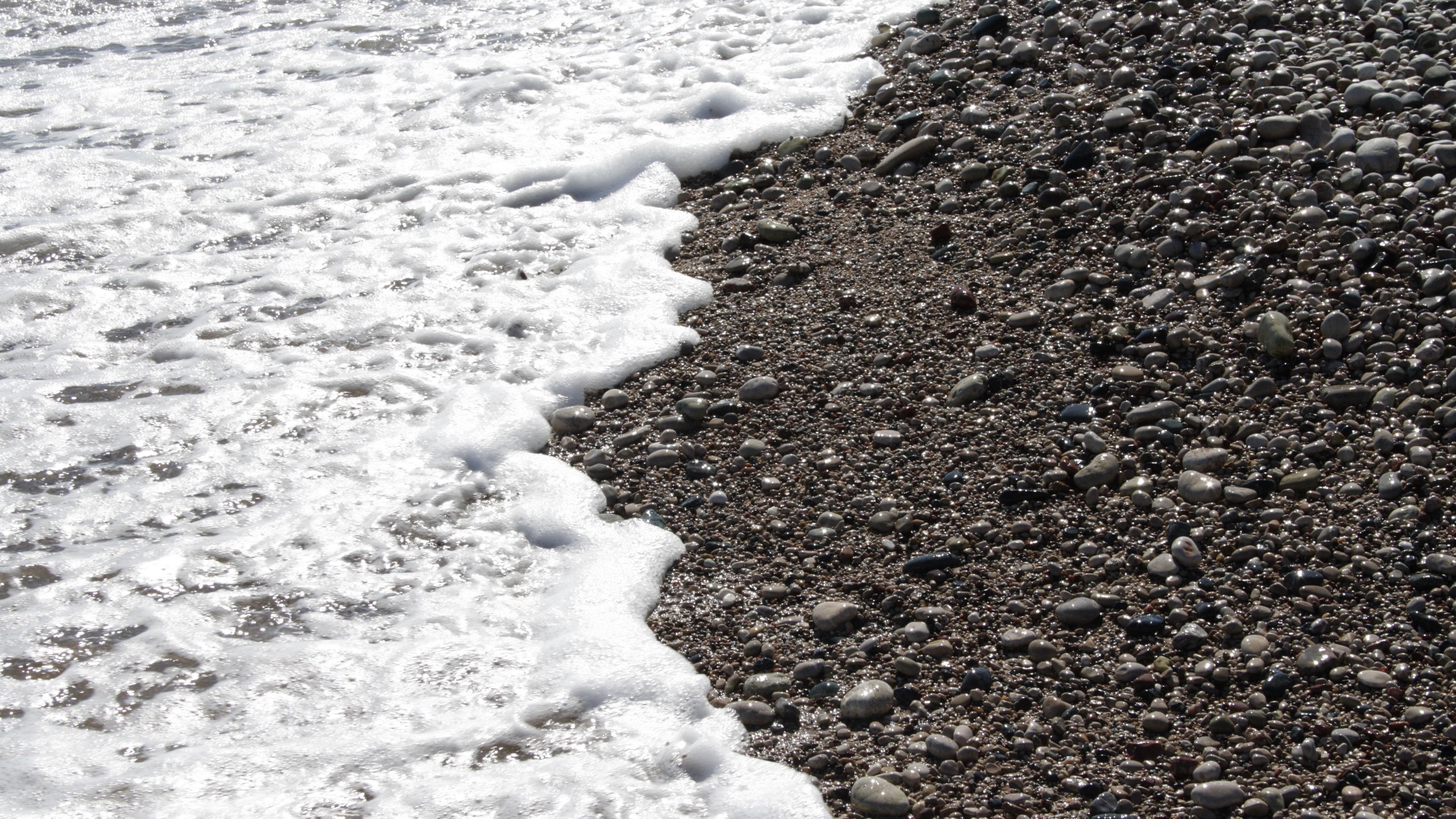 pebble stones sea waves whisper foam 4k 1541114423 - pebble, stones, sea, waves, whisper, foam 4k - Stones, Sea, pebble