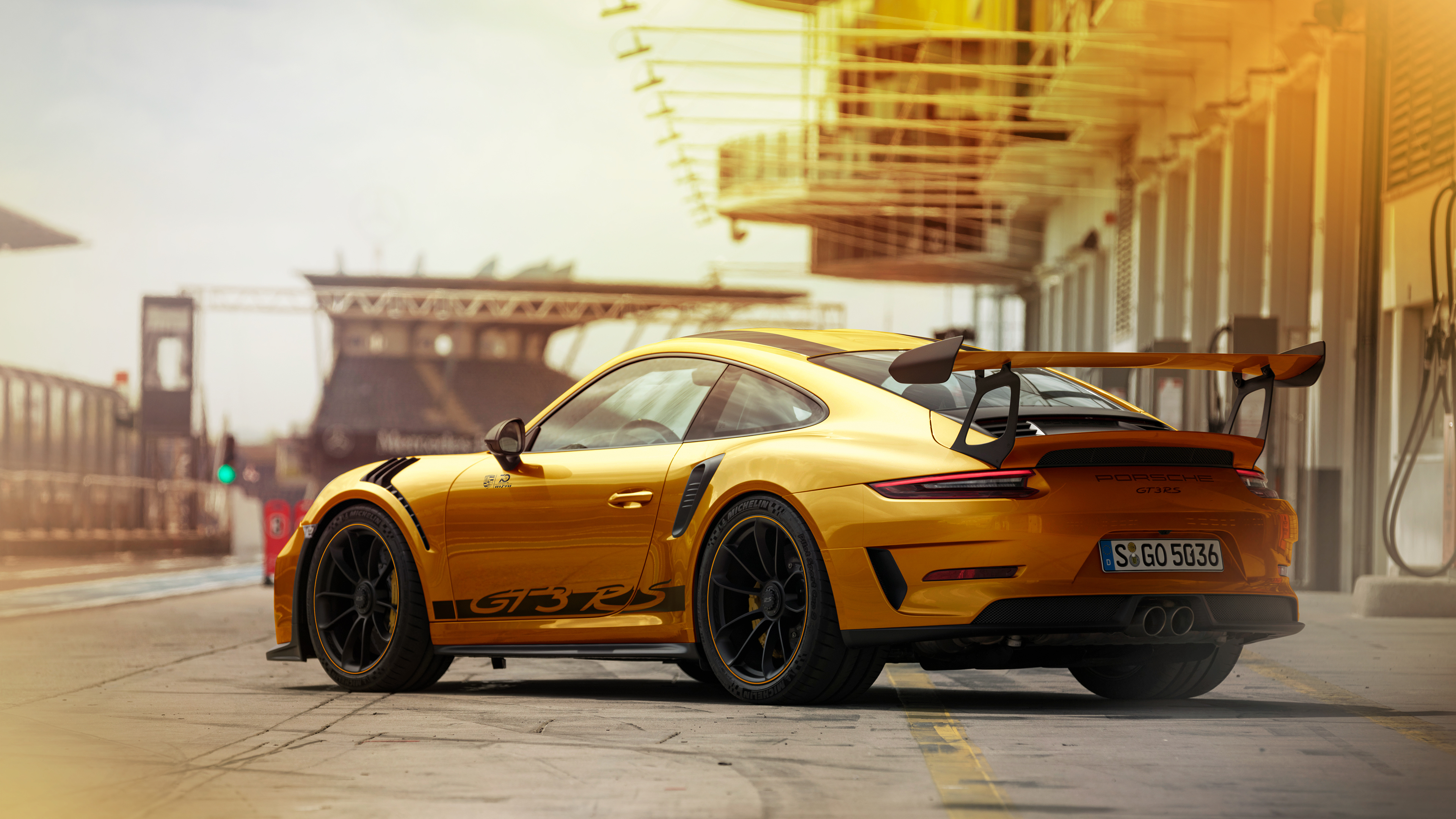 porsche 911gt3rs gold 4k rear 1541969156 - Porsche 911GT3RS Gold 4k Rear - porsche wallpapers, porsche 911 wallpapers, porsche 911 gt3 r wallpapers, hd-wallpapers, cars wallpapers, behance wallpapers, 4k-wallpapers, 2018 cars wallpapers