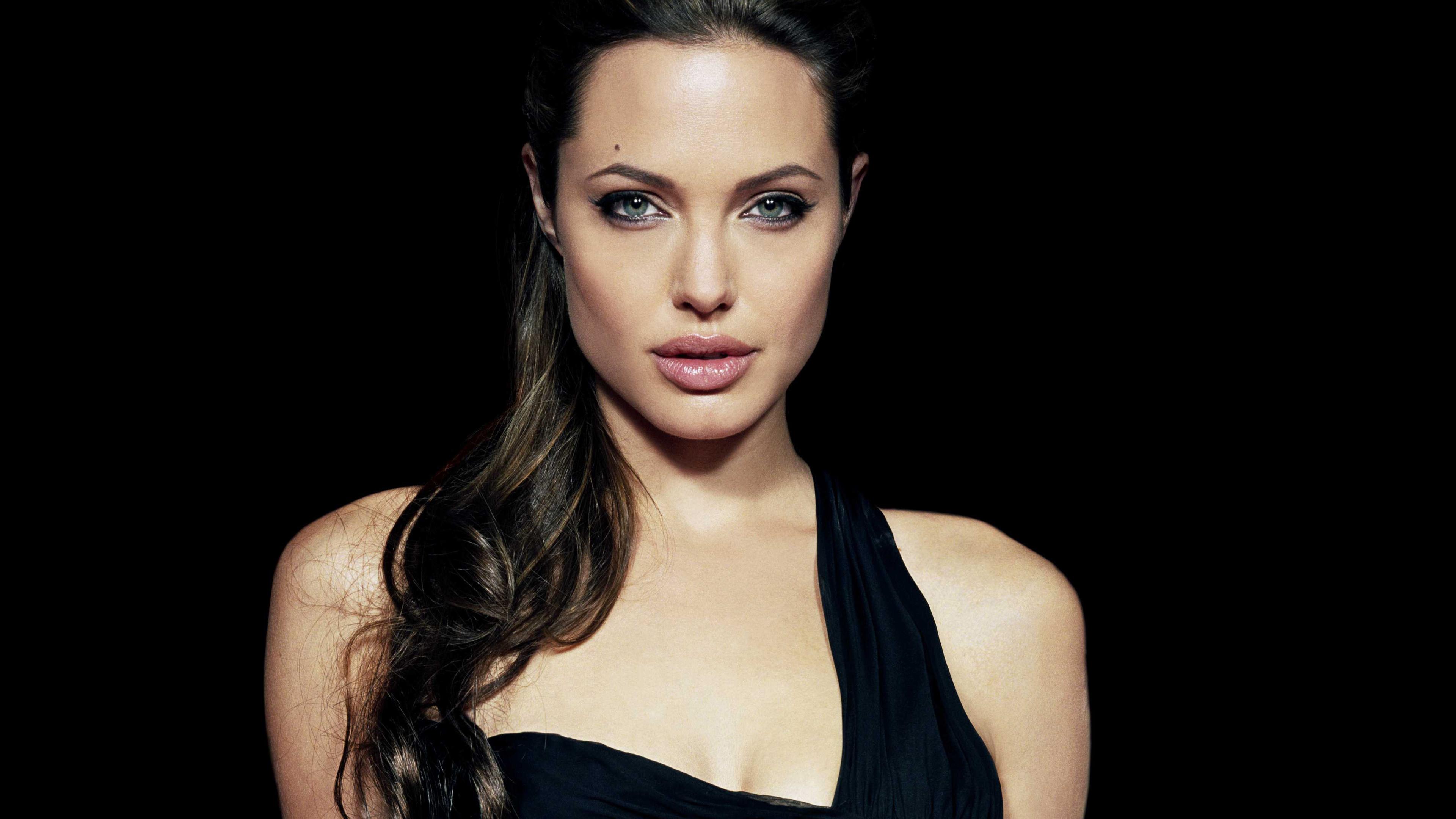 angelina jolie 4k new 1546276831 - Angelina Jolie 4k New - hd-wallpapers, girls wallpapers, celebrities wallpapers, angelina jolie wallpapers, 4k-wallpapers