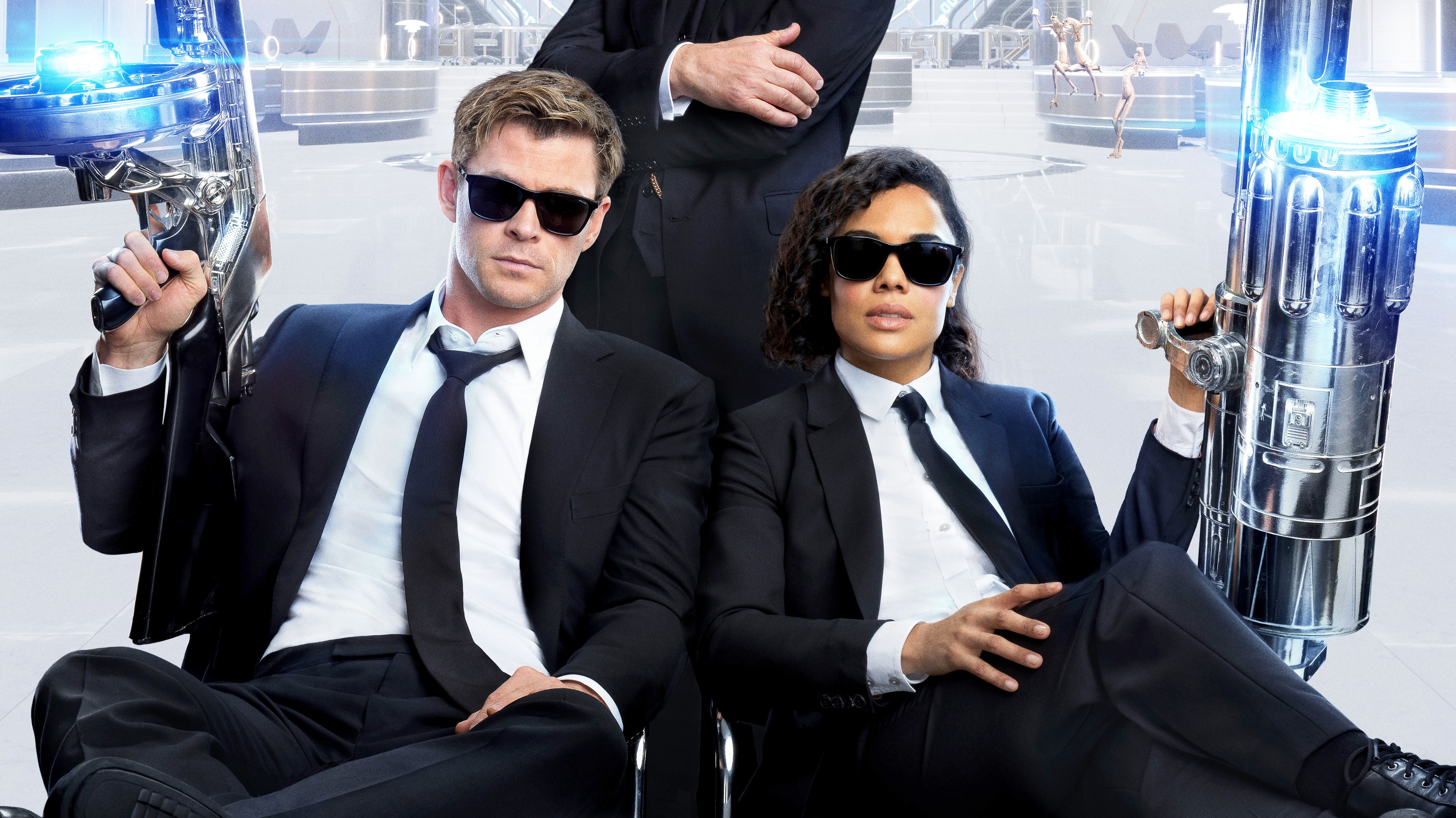 men in black international movie 4k 1546275140 - Men In Black International Movie 4k - movies wallpapers, mib international wallpapers, men in black wallpapers, men in black international wallpapers, hd-wallpapers, chris hemsworth wallpapers, 4k-wallpapers, 2019 movies wallpapers