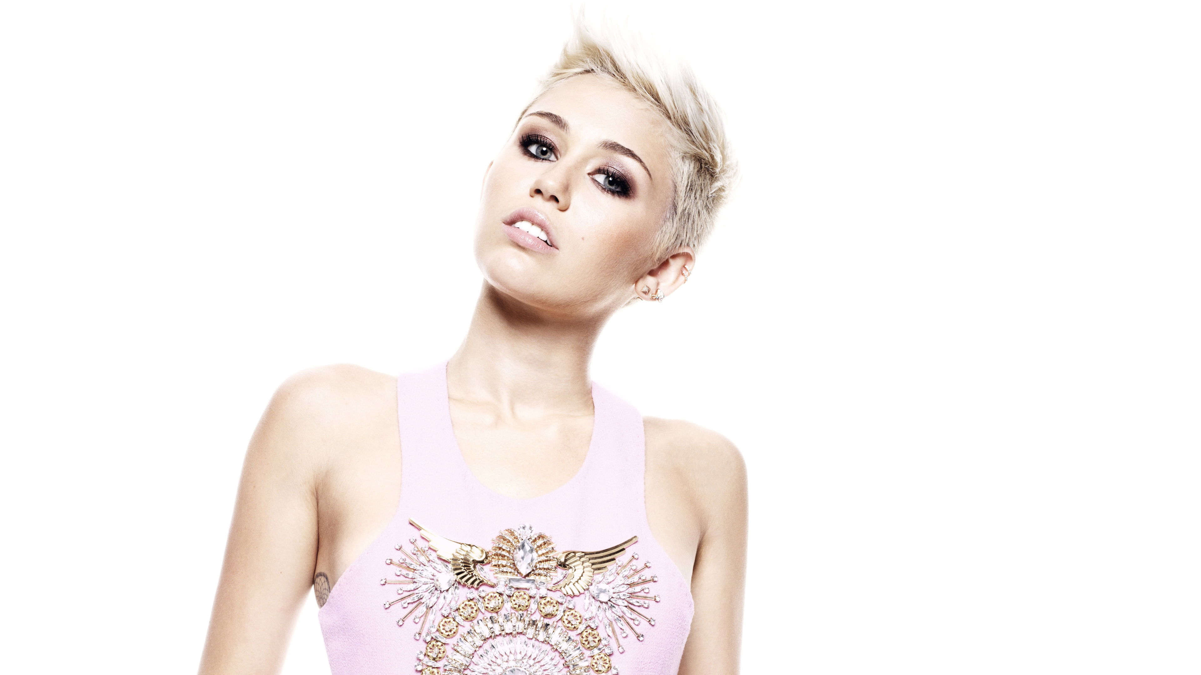 miley cyrus 4k new 1546276969 - Miley Cyrus 4k New - music wallpapers, miley cyrus wallpapers, hd-wallpapers, girls wallpapers, celebrities wallpapers, 4k-wallpapers