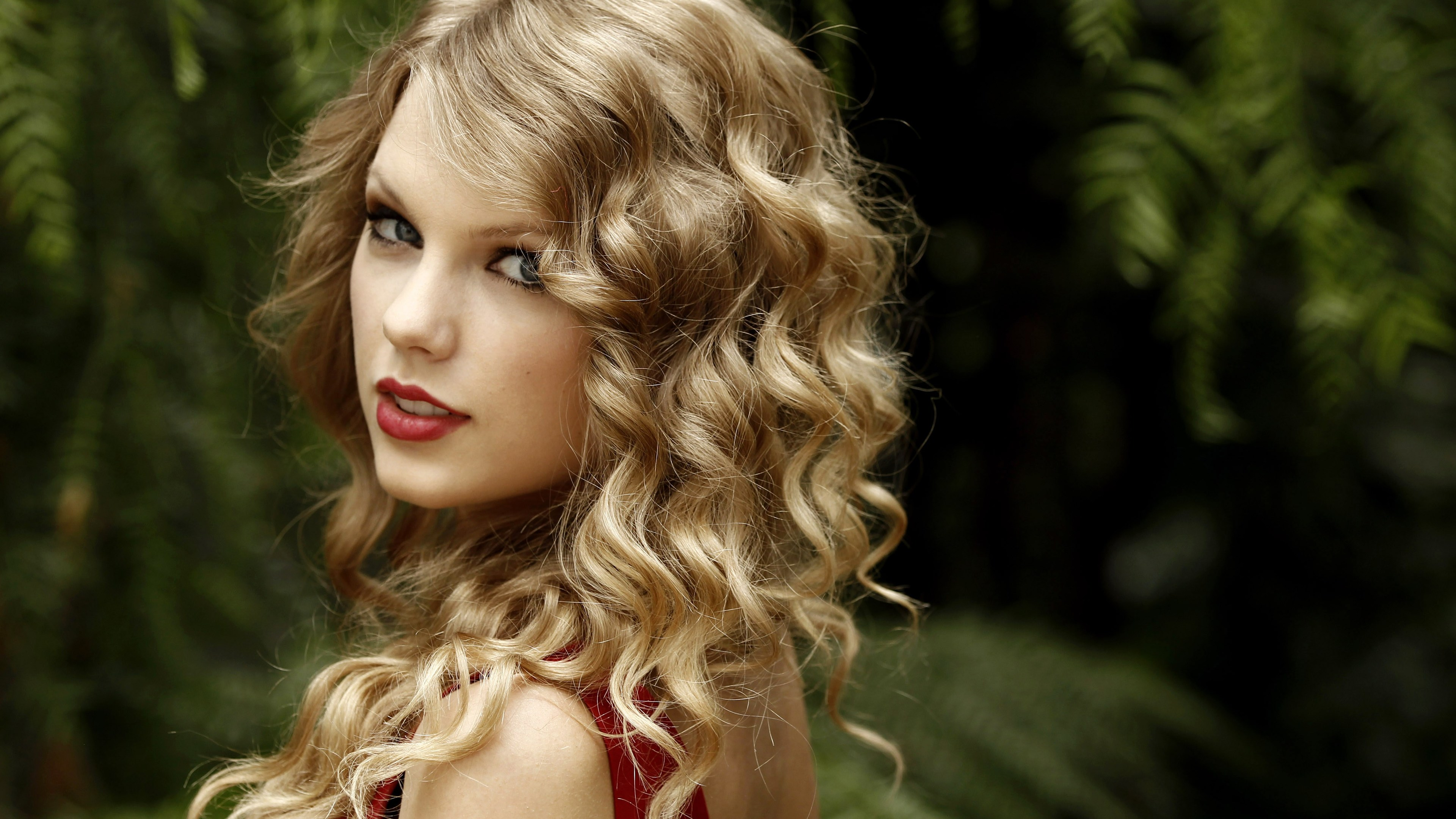 taylor swift 2019 4k 1553072973 - Taylor Swift 2019 4k - taylor swift wallpapers, singer wallpapers, music wallpapers, hd-wallpapers, celebrities wallpapers, 4k-wallpapers