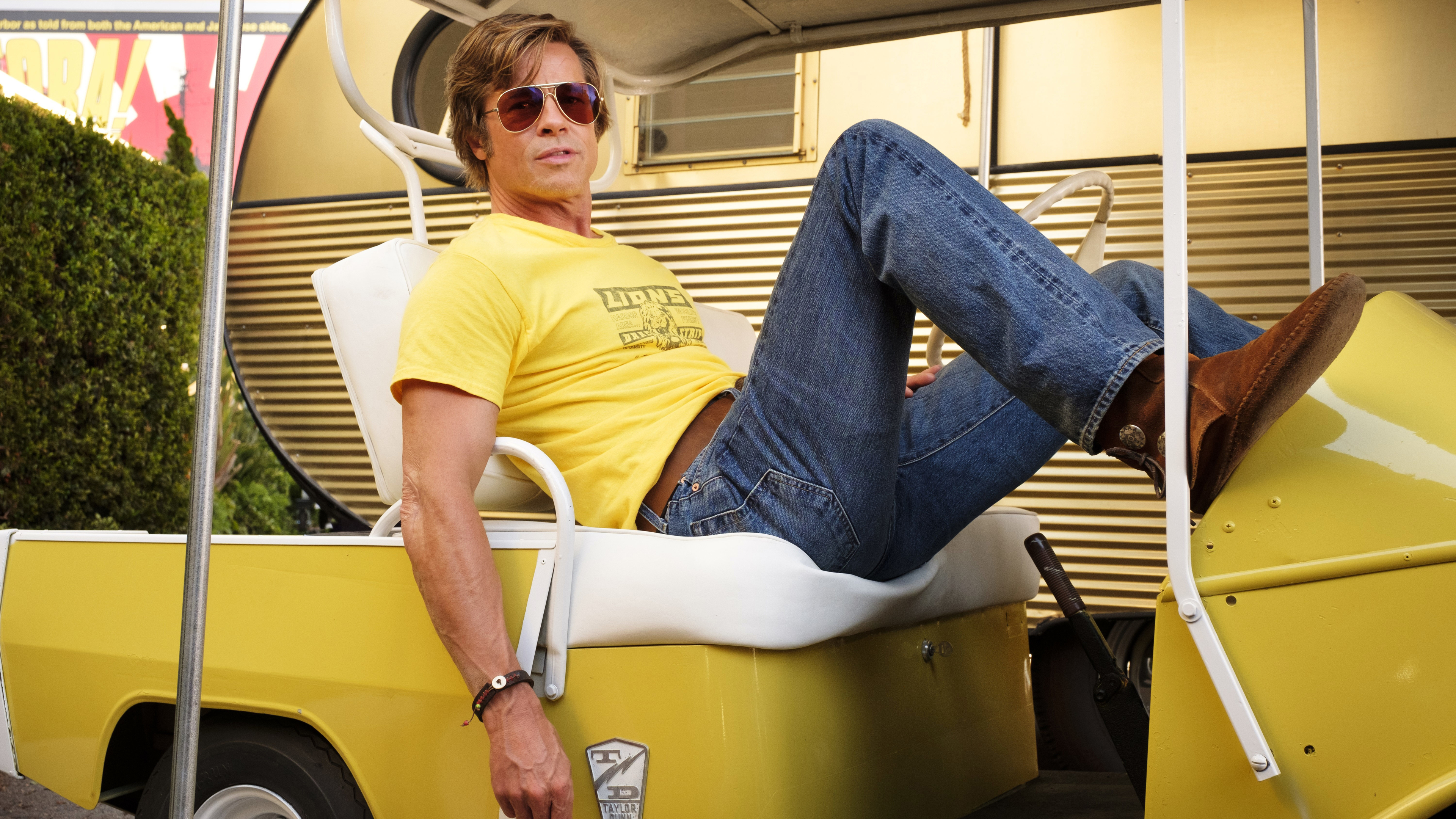 brad pitt in once upon a time in hollywood 4k 1555208577 - Brad Pitt In Once Upon A Time In Hollywood 4k - once upon a time in hollywood wallpapers, movies wallpapers, hd-wallpapers, brad pitt wallpapers, 4k-wallpapers, 2019 movies wallpapers