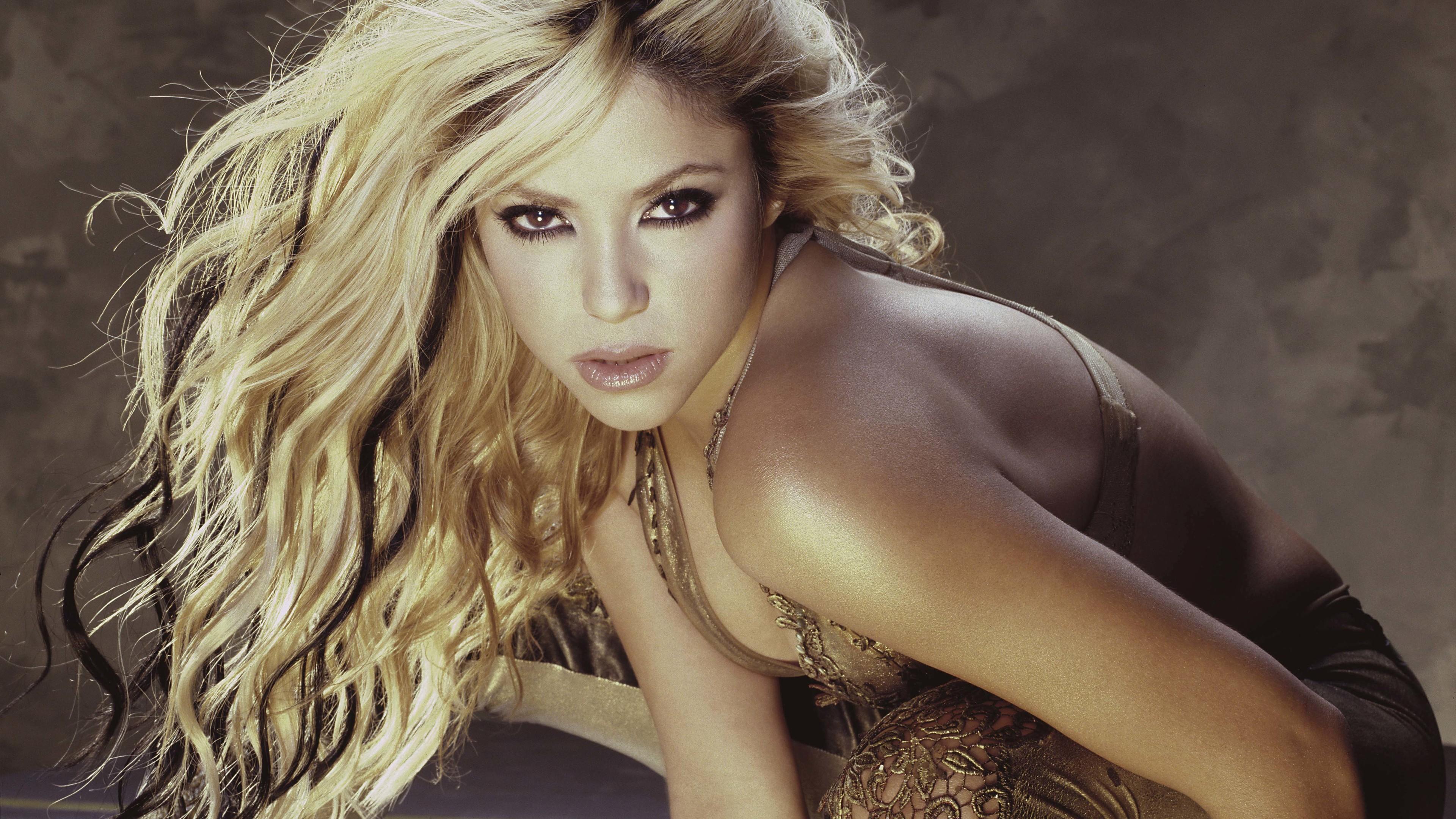 shakira 4k new 1558220635 - Shakira 4k New - shakira wallpapers, music wallpapers, hd-wallpapers, girls wallpapers, celebrities wallpapers, 4k-wallpapers
