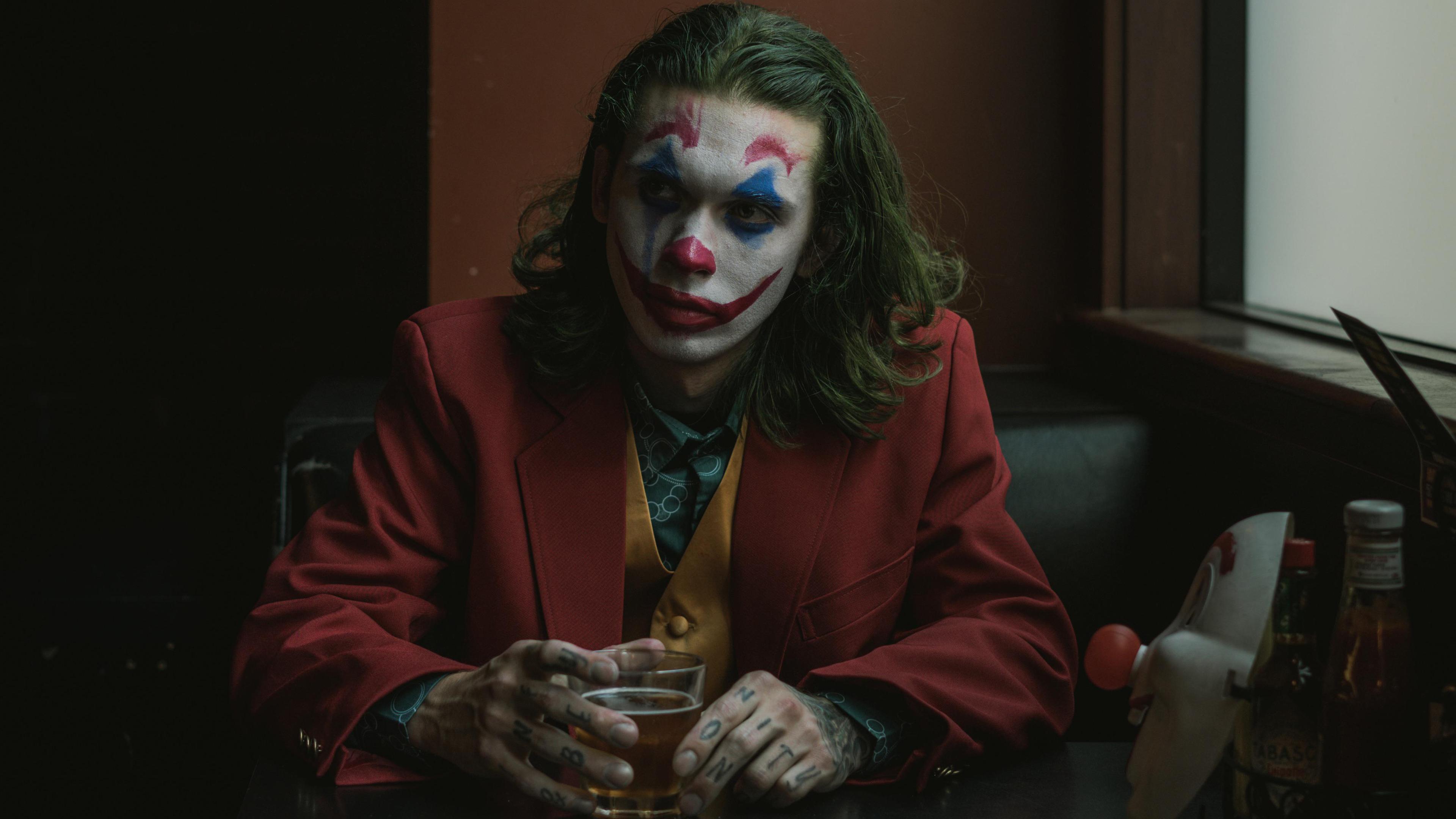 joker movie cosplay 1569186353 - Joker Movie Cosplay - superheroes wallpapers, joker wallpapers, hd-wallpapers, cosplay wallpapers, 4k-wallpapers