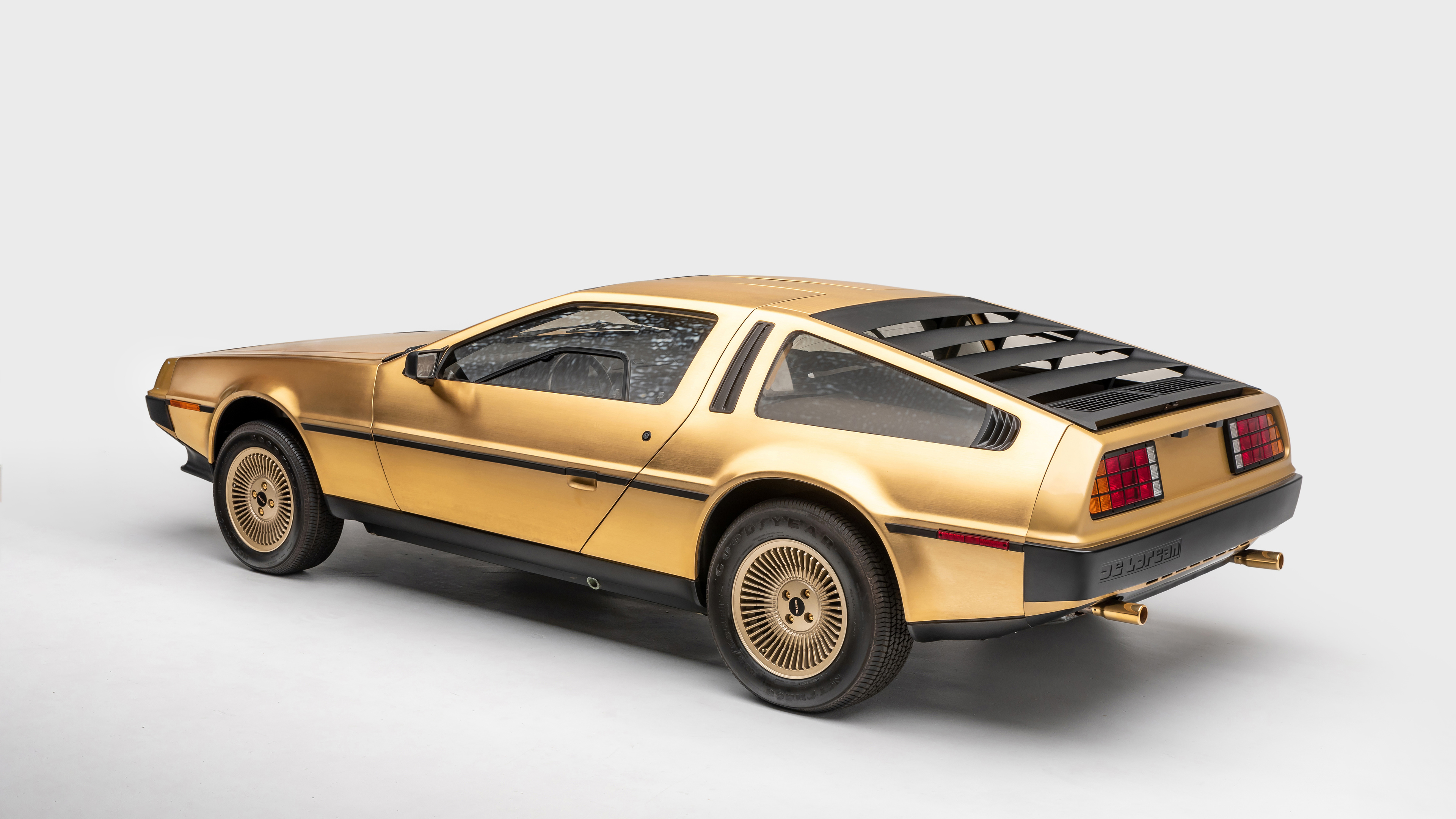 1981 delorean dmc 12 goldplated 1572660983 - 1981 DeLorean DMC 12 Goldplated - hd-wallpapers, cars wallpapers, 5k wallpapers, 4k-wallpapers