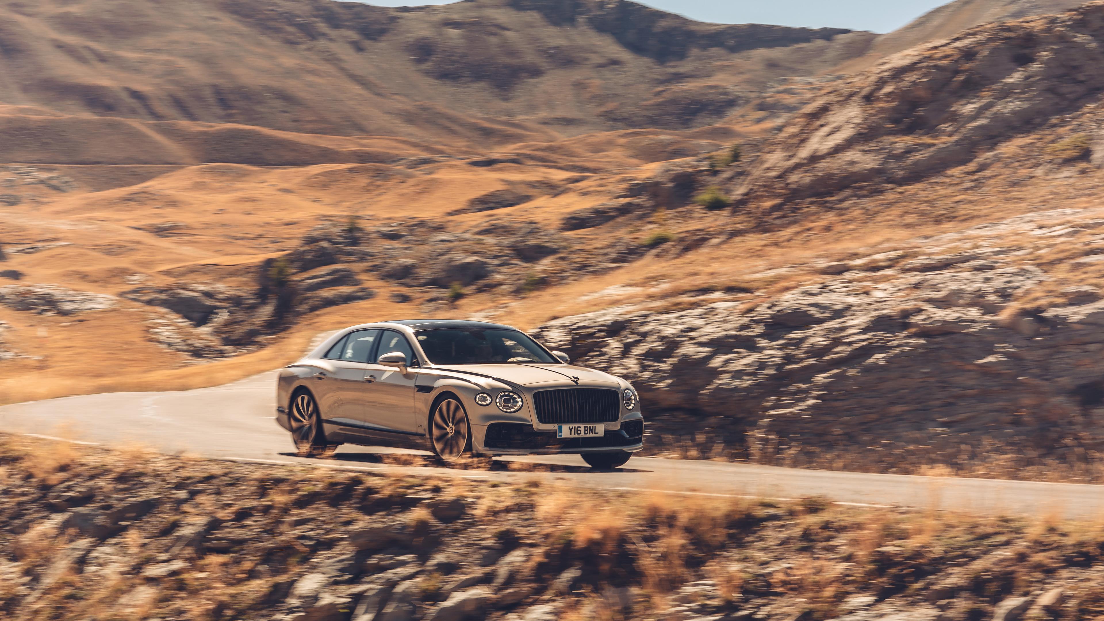 2020 bentley flying spur blackline 1572661022 - 2020 Bentley Flying Spur Blackline - hd-wallpapers, cars wallpapers, bentley wallpapers, bentley flying spur wallpapers, 5k wallpapers, 4k-wallpapers, 2020 cars wallpapers