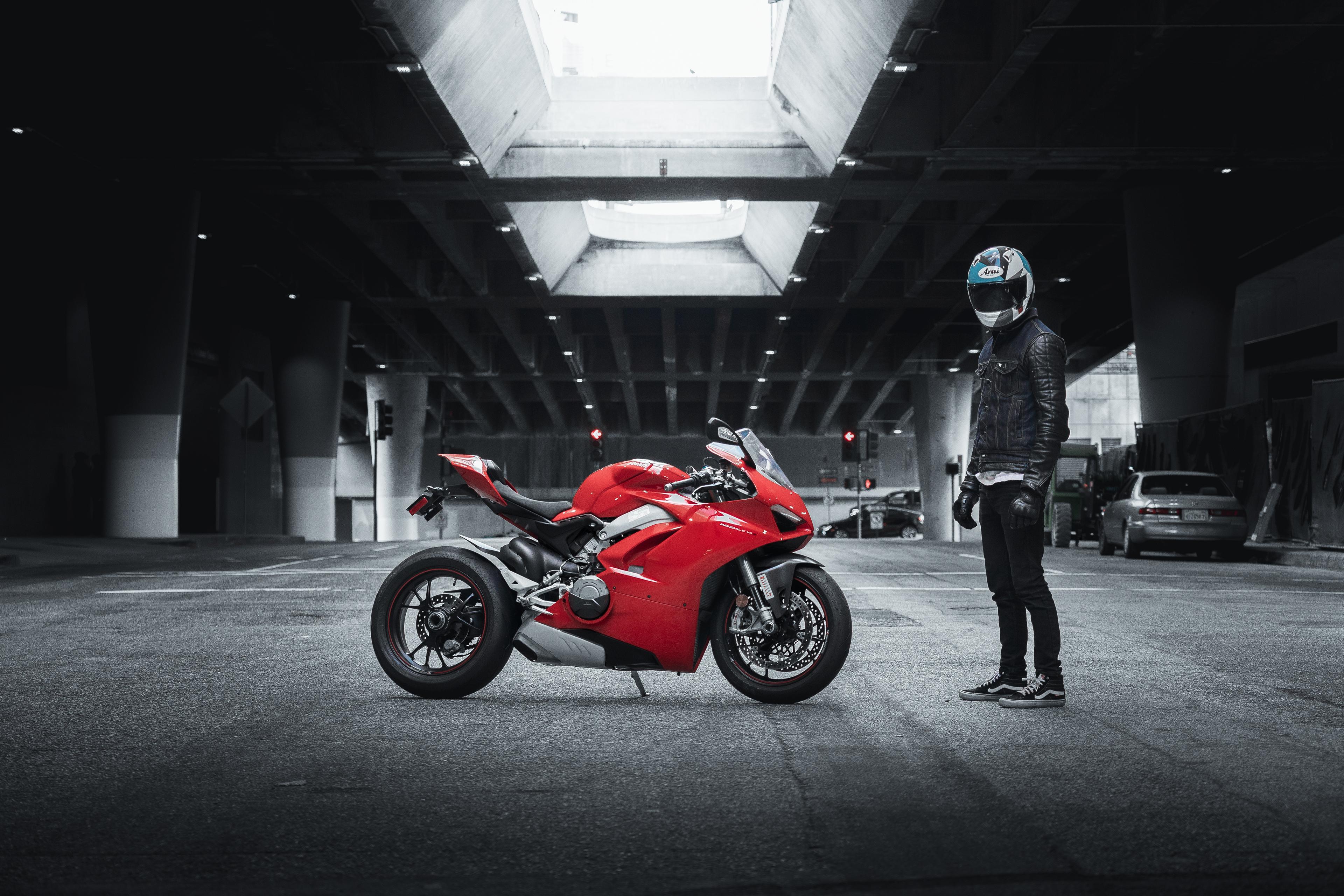 ducati 4k 1574943323 - Ducati 4k -