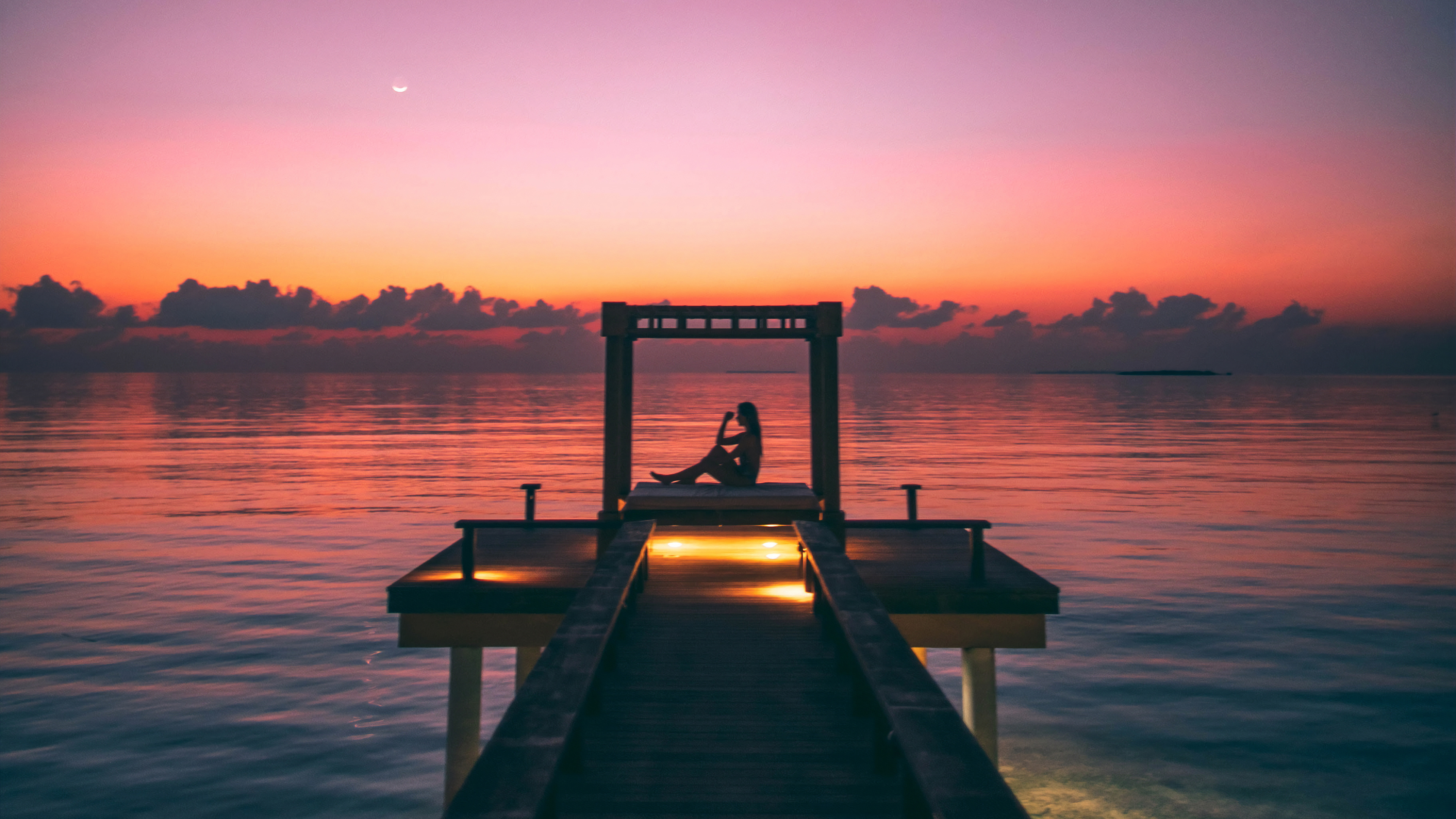 girl silhouette pier 1574938389 - Girl Silhouette Pier -