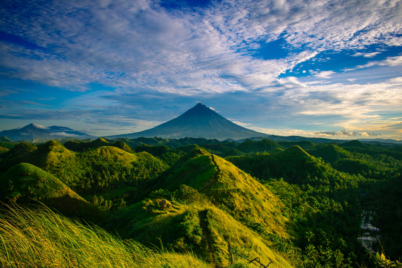 green hills 1574937684 - Green Hills -