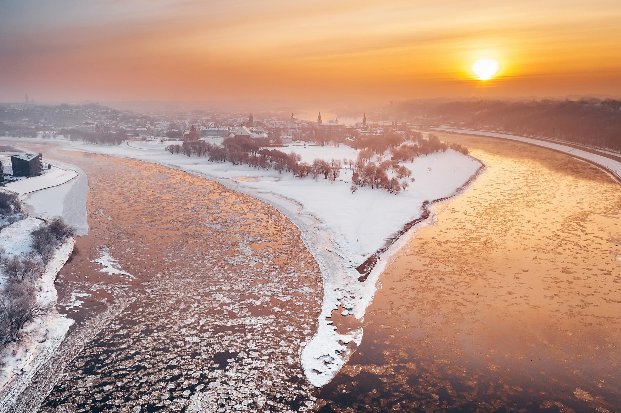 kaunas river city winter snow sunlight 1574939385 - Kaunas River City Winter Snow Sunlight -