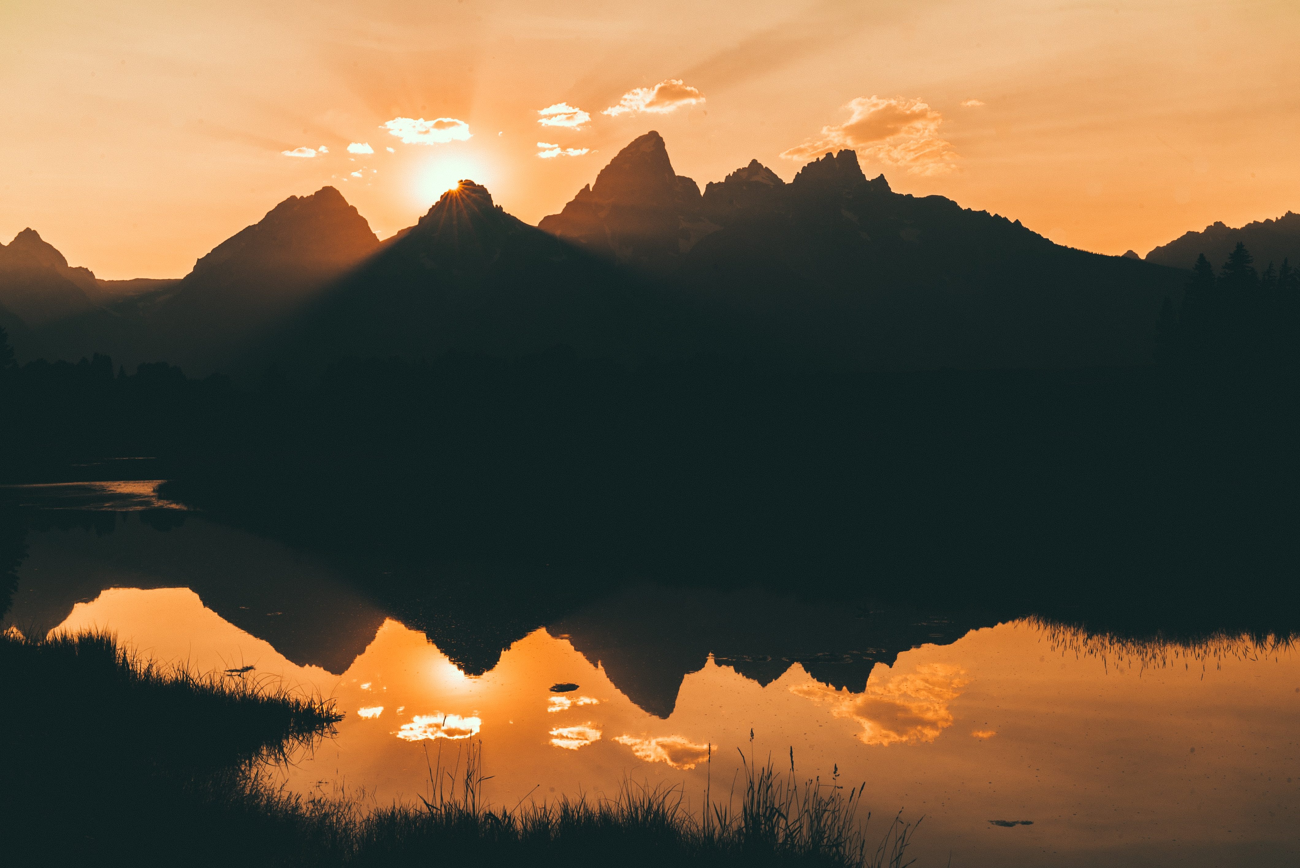 lake silhouette mountains beside 1574937890 - Lake Silhouette Mountains Beside -
