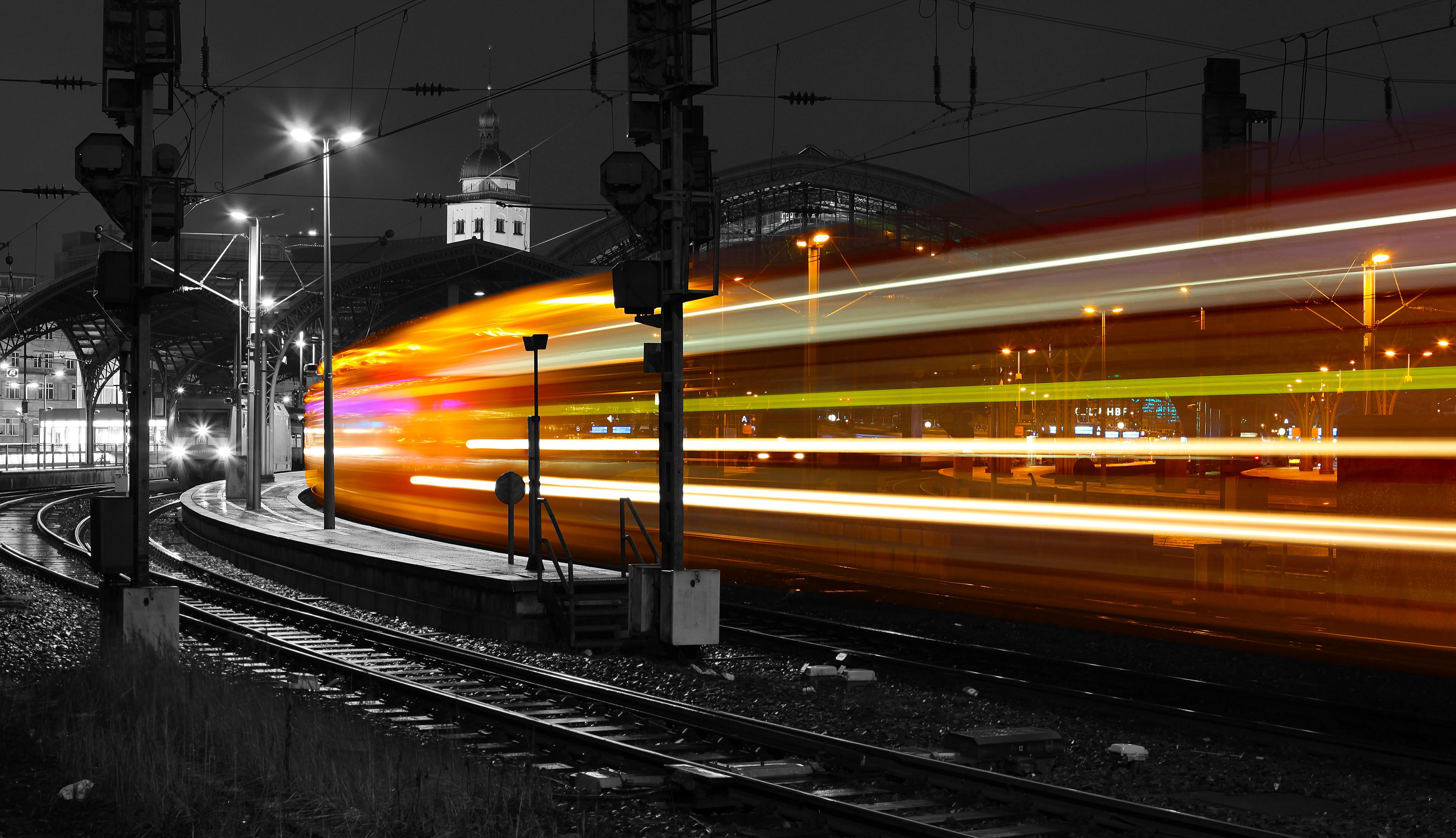long exposure train 1574938568 - Long Exposure Train -