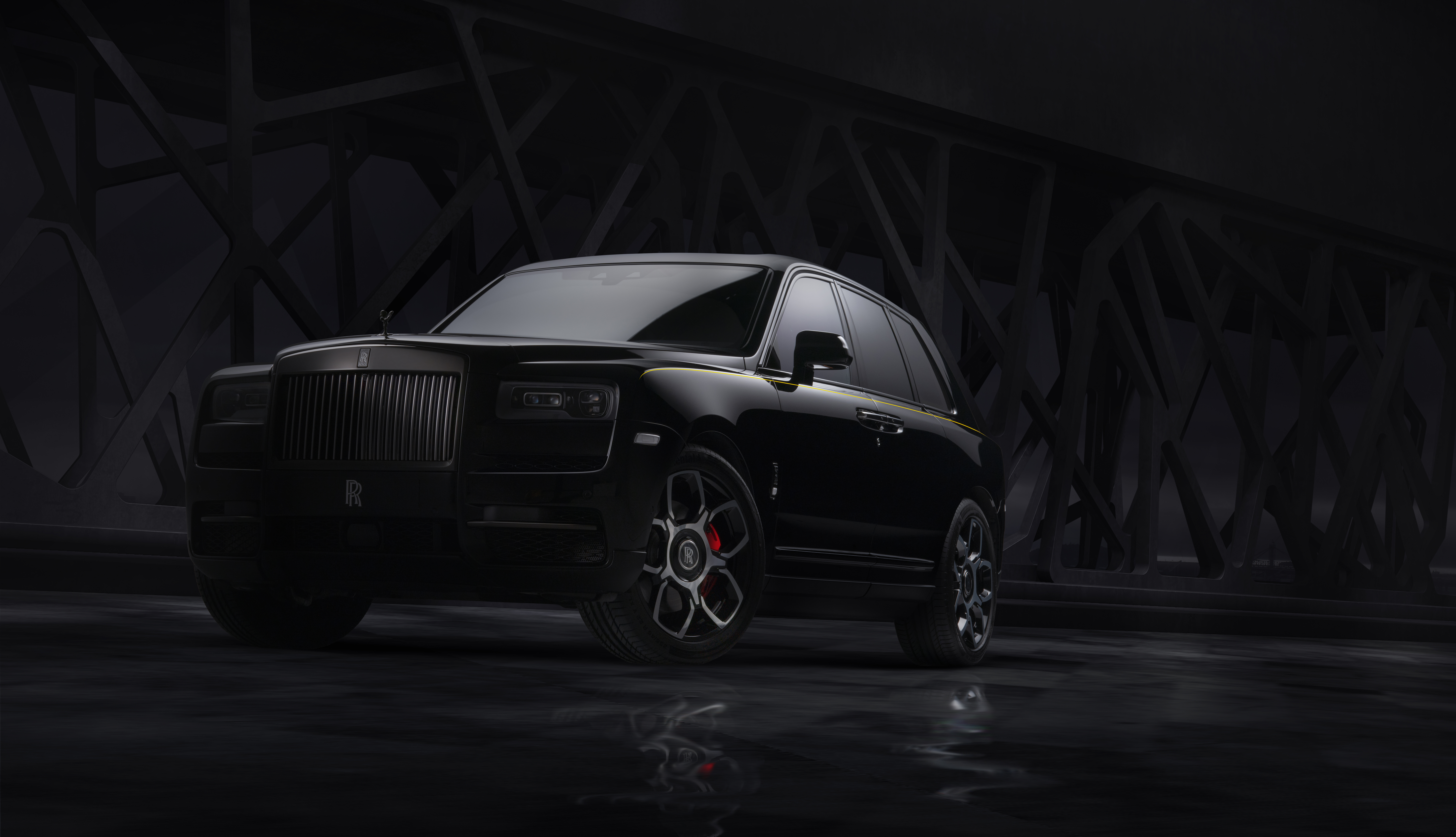 rolls royce cullinan black badge 2019 1574936476 - Rolls Royce Cullinan Black Badge 2019 -