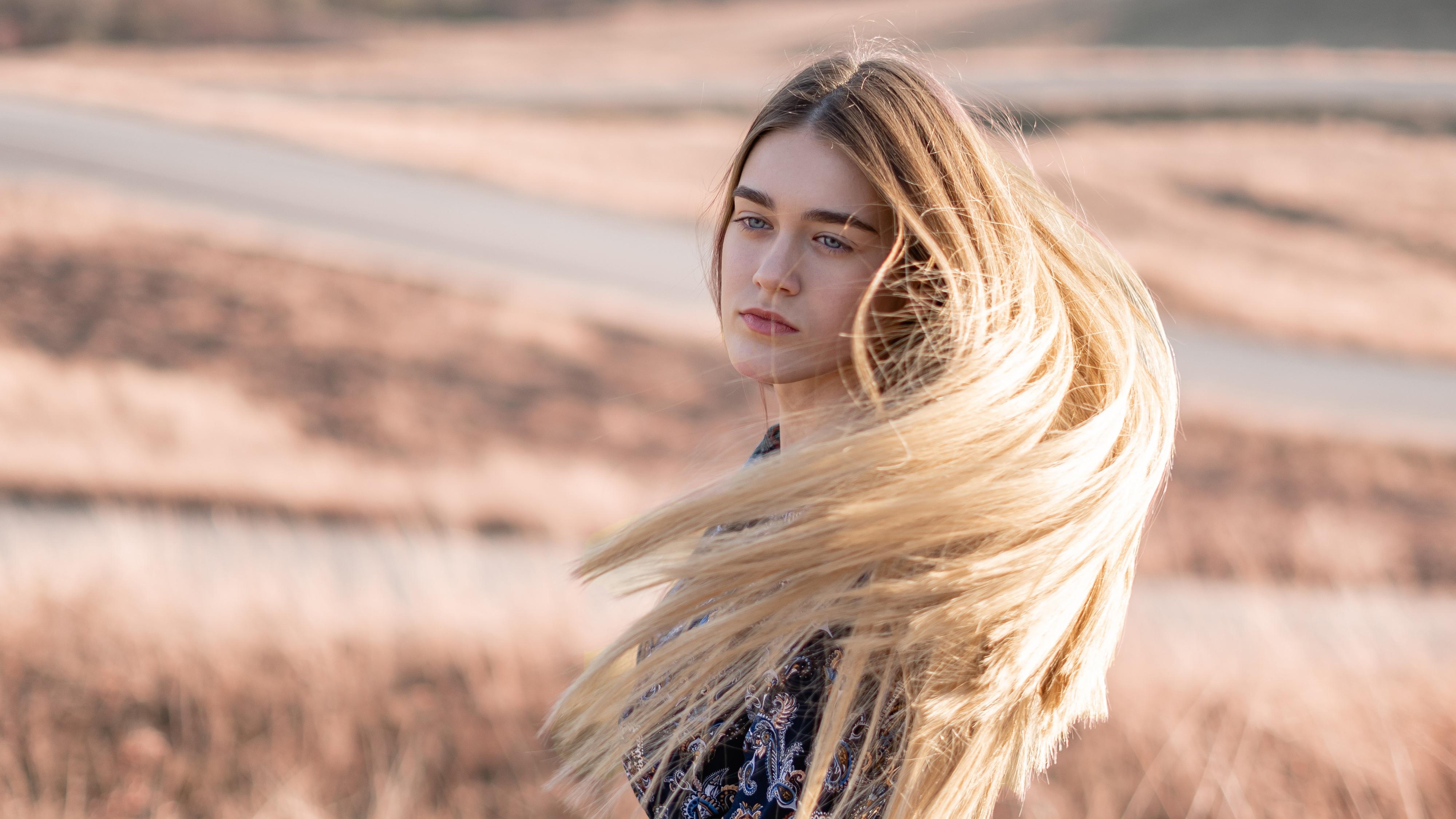blonde girl hairs in air 1575664519 - Blonde Girl Hairs In Air -