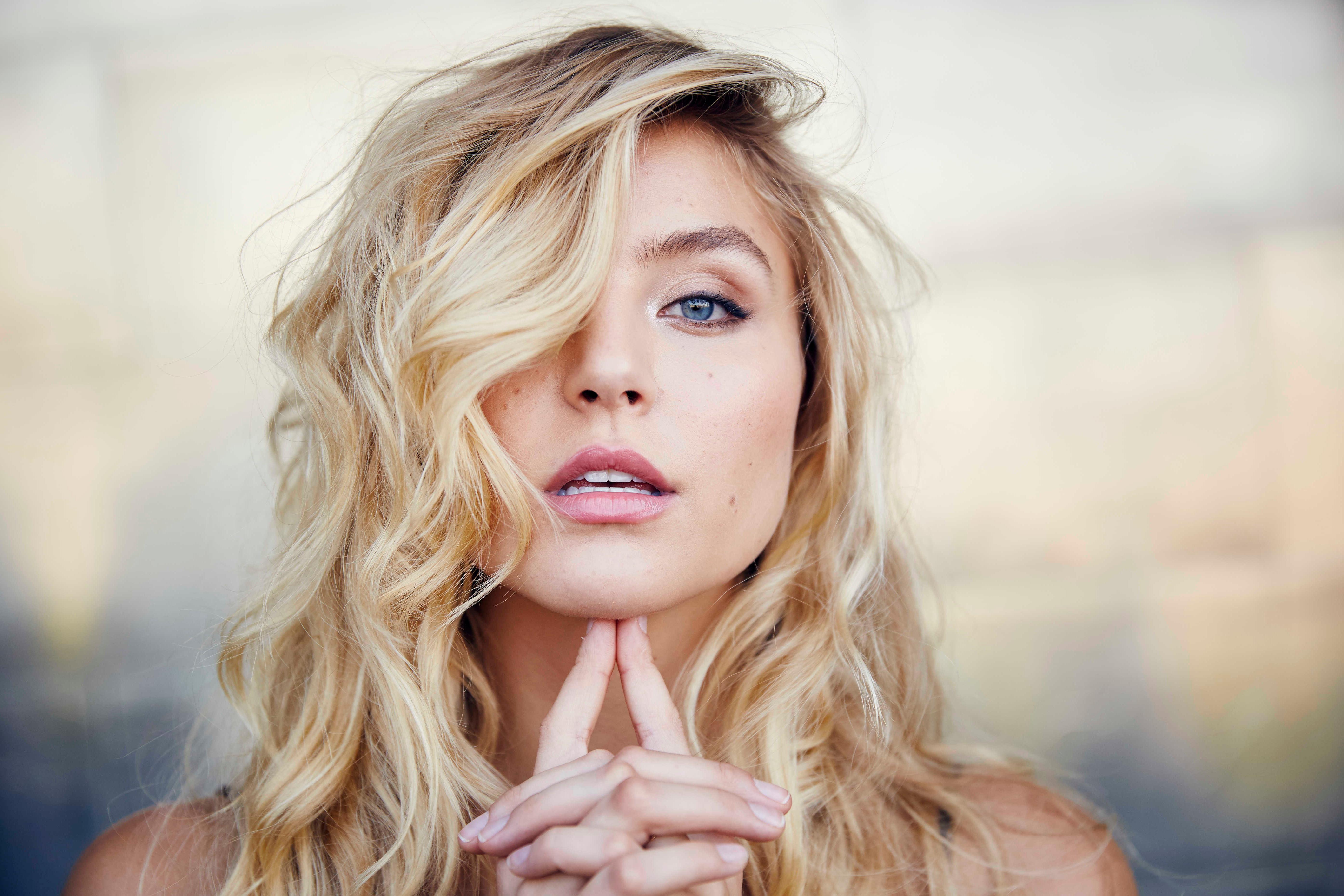 blonde hair girl 1575665261 - Blonde Hair Girl -