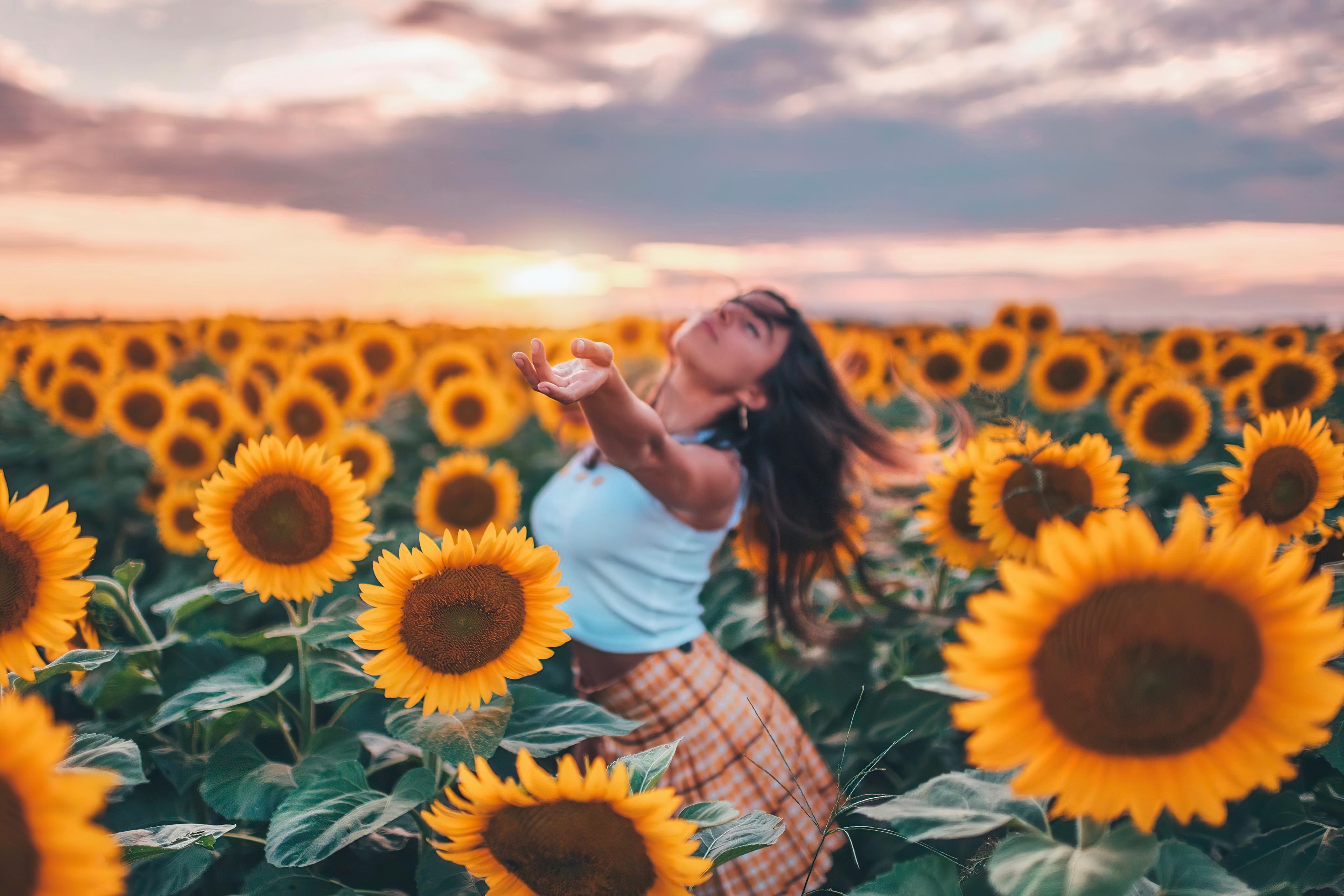 girl field joy 1575666029 - Girl Field Joy -