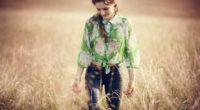 girl in field walking smiling 1575666211 200x110 - Girl In Field Walking Smiling -