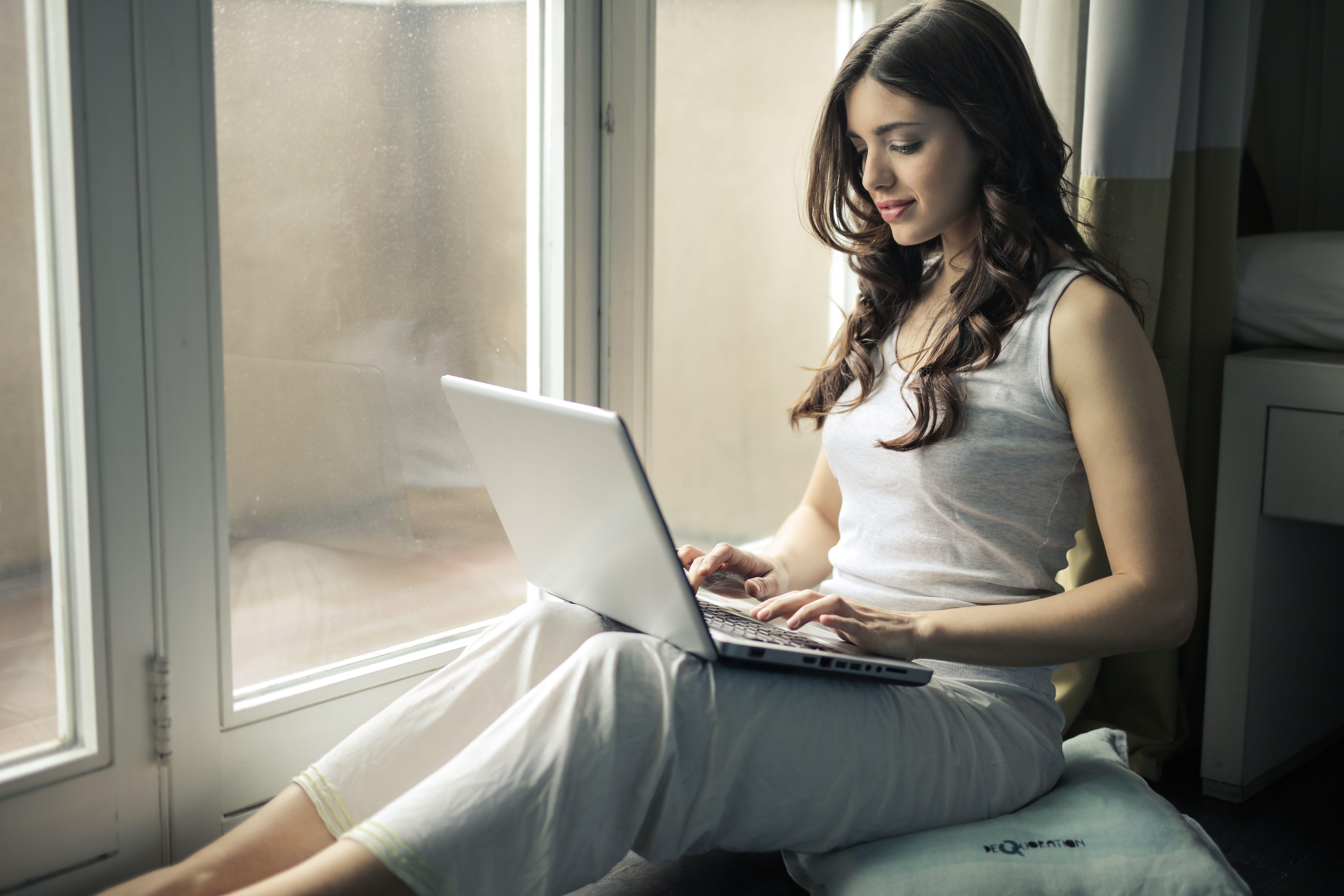 girl using laptop 1575665245 - Girl Using Laptop -
