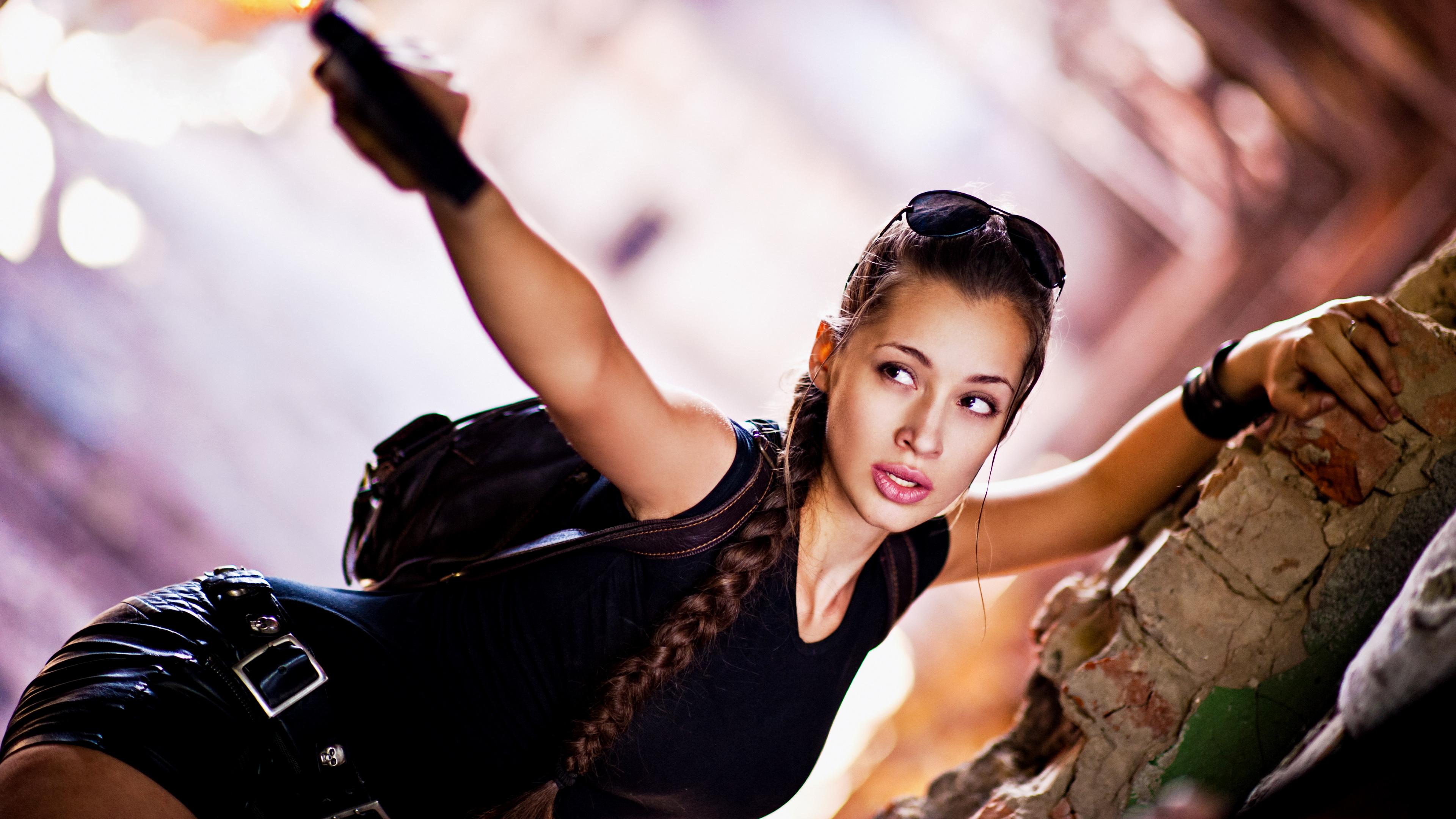 lara croft cosplay 1575664729 - Lara Croft Cosplay -
