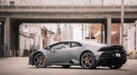 2020 lamborghini huracan evo 1596909264 200x110 - 2020 Lamborghini Huracan Evo -