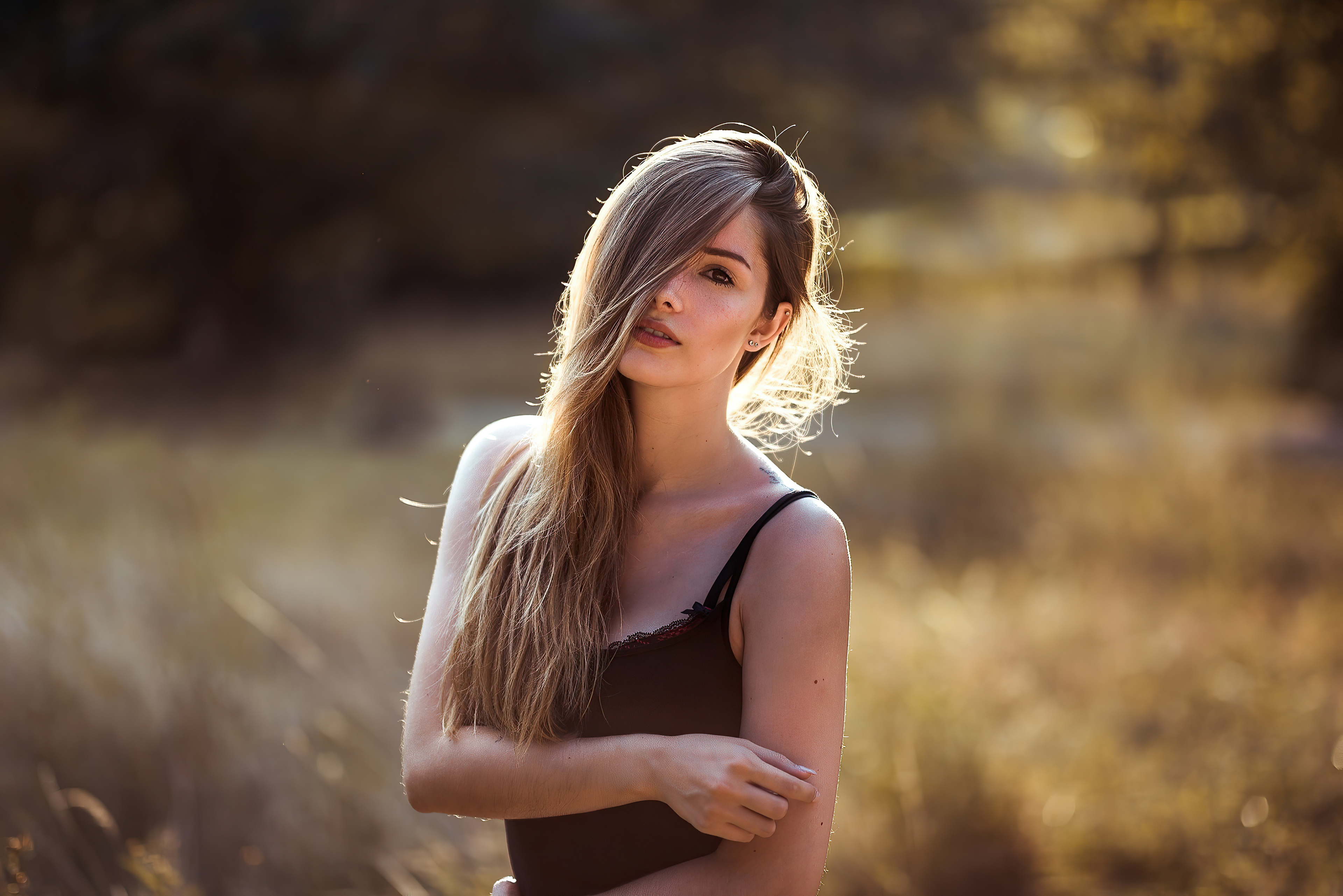 blonde women outdoor 1596916215 - Blonde Women Outdoor -
