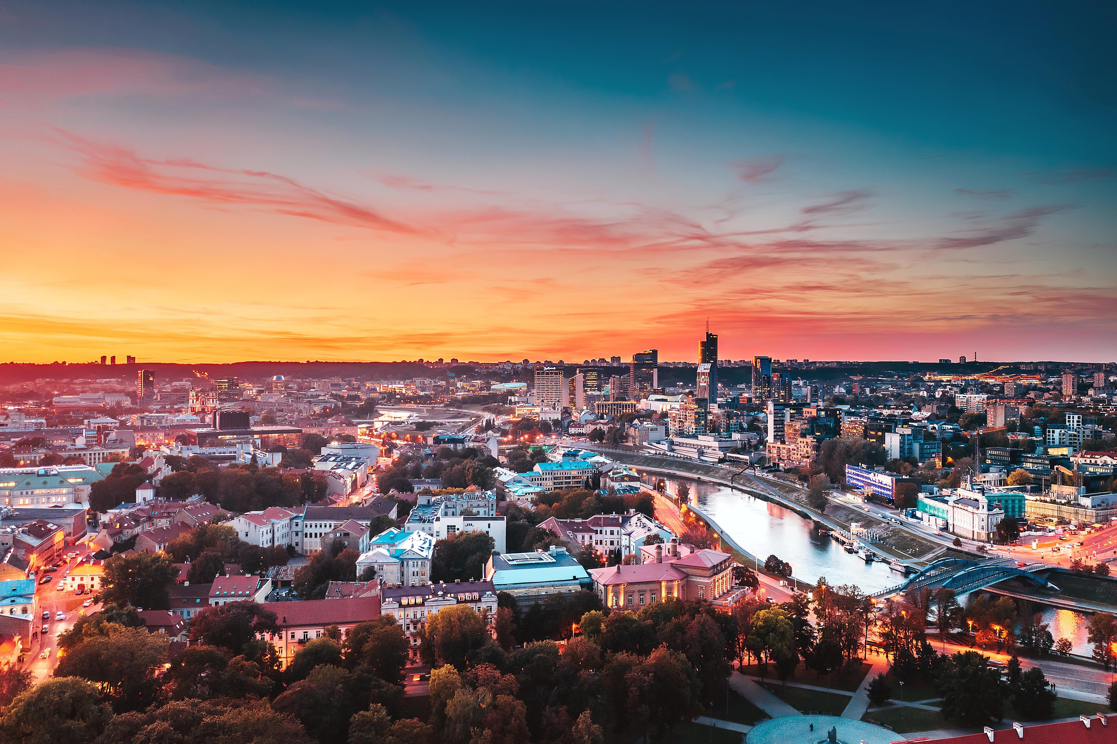 vilnius cityscape 4k 1596916651 - Vilnius Cityscape 4k -