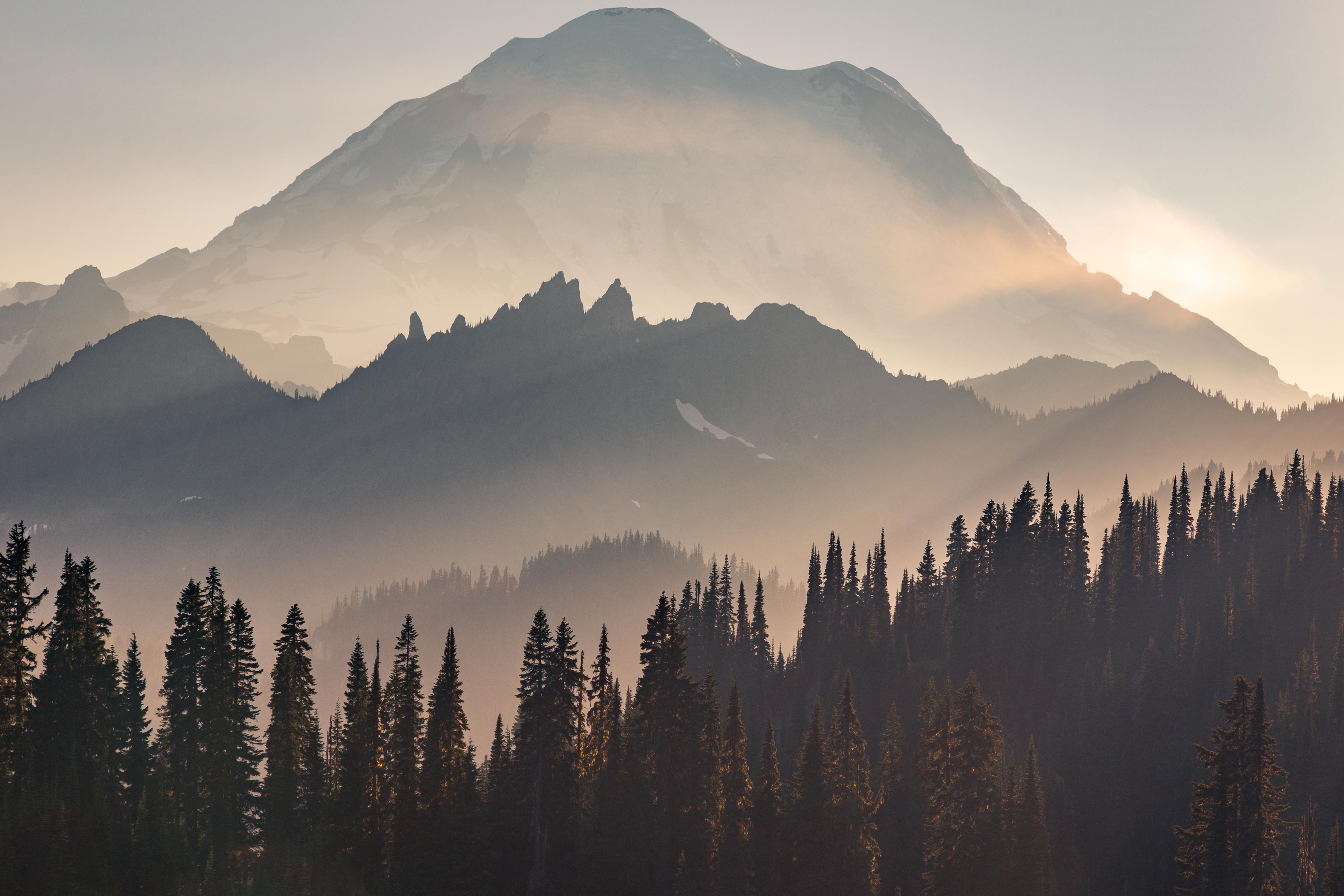 mount rainier sun beams 4k 1615197744 - Mount Rainier Sun Beams 4k - Mount Rainier Sun Beams 4k wallpapers